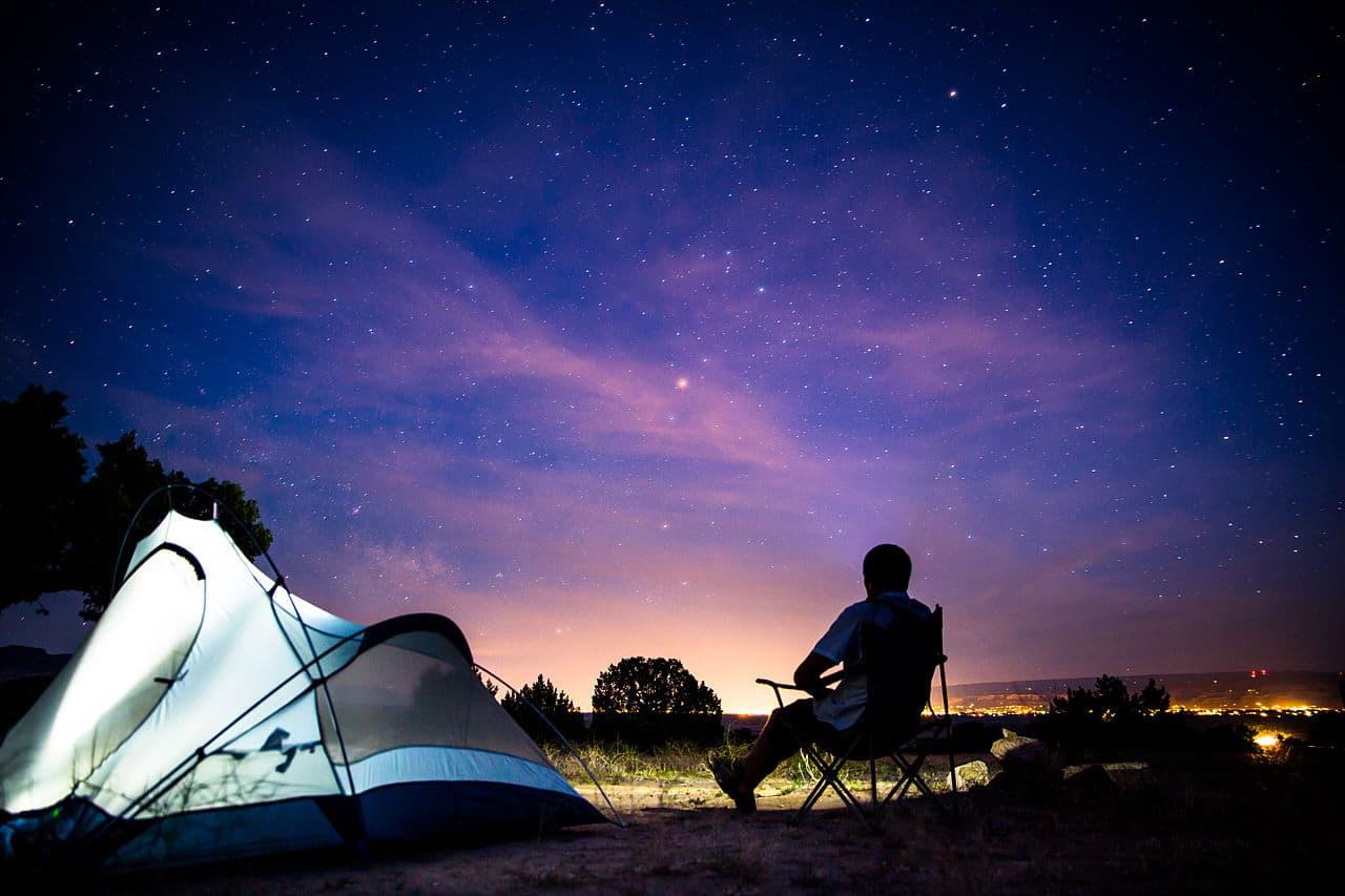 solar-light-tent-pegs-camping-tip
