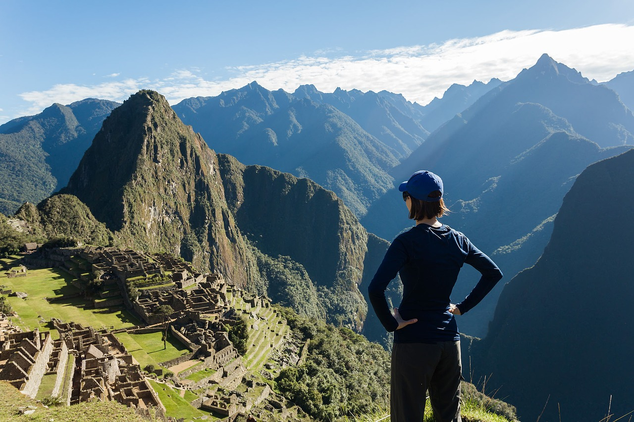 machu-piccu-hiking-while-traveling-and-staying-fit