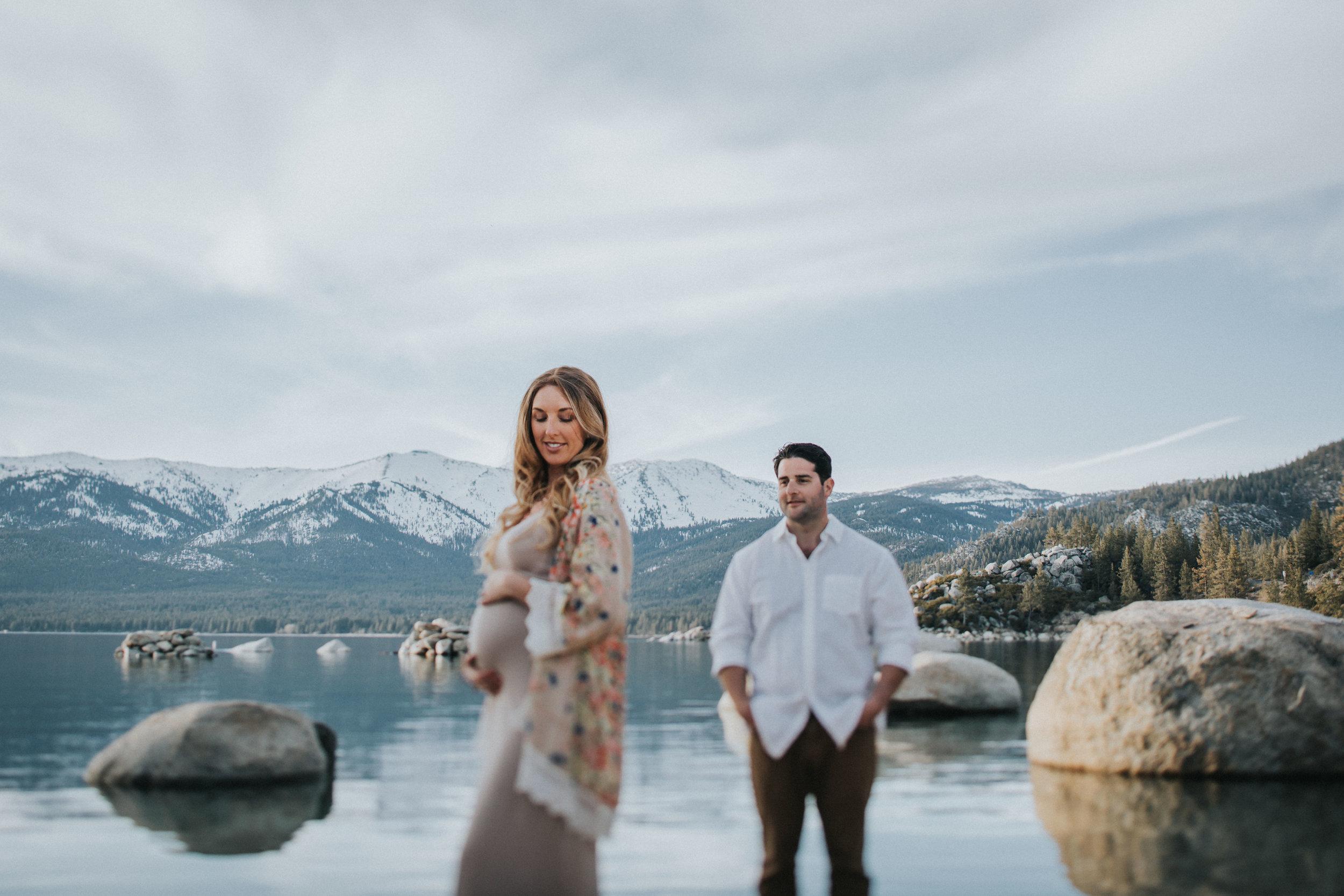 Lake_Tahoe_Maternity_Session_Krissy_Doug-96.jpg