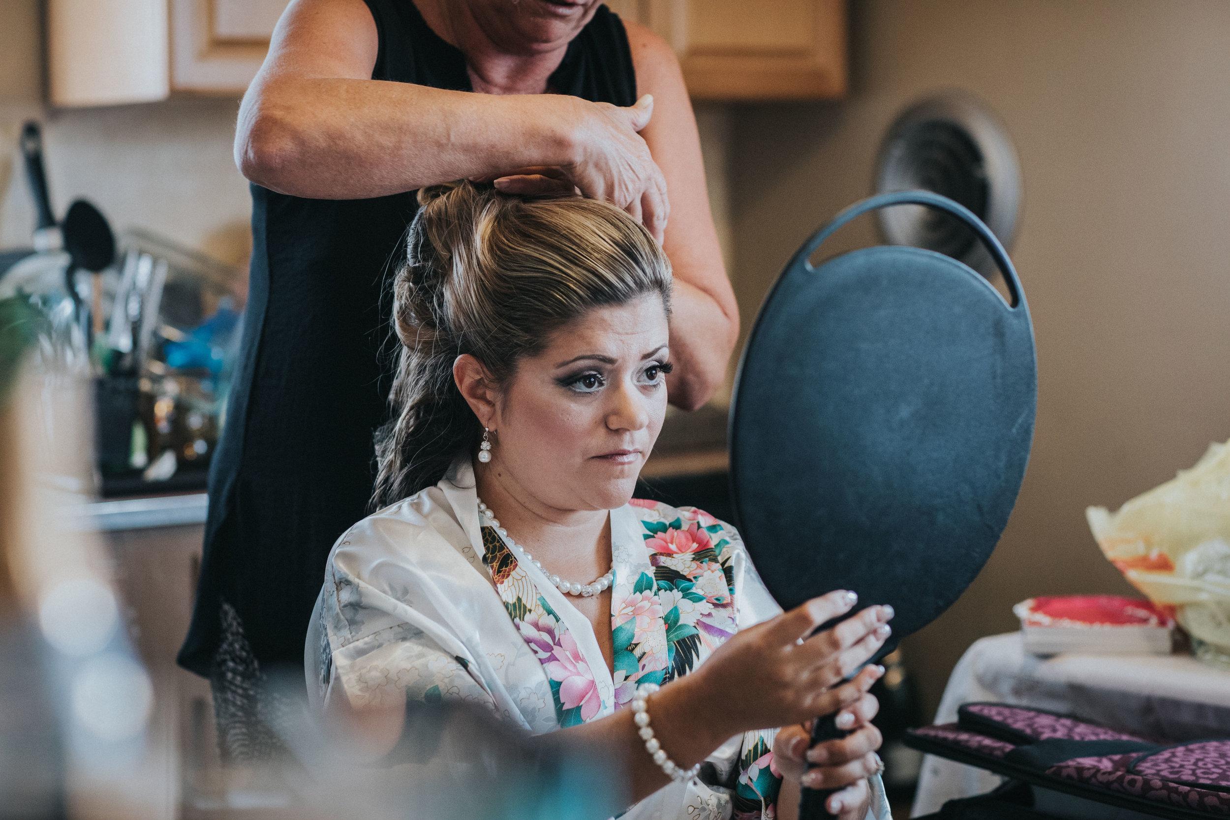 NewJersey_Wedding_Photography_Brigalias_Getting_Ready_Tara&Pete-10.jpg
