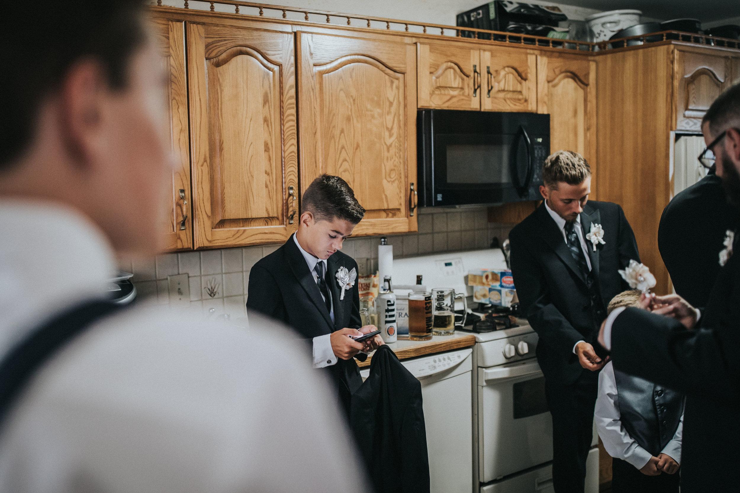 NewJersey_Wedding_Photography_Brigalias_Getting_Ready_Tara&Pete-21.jpg