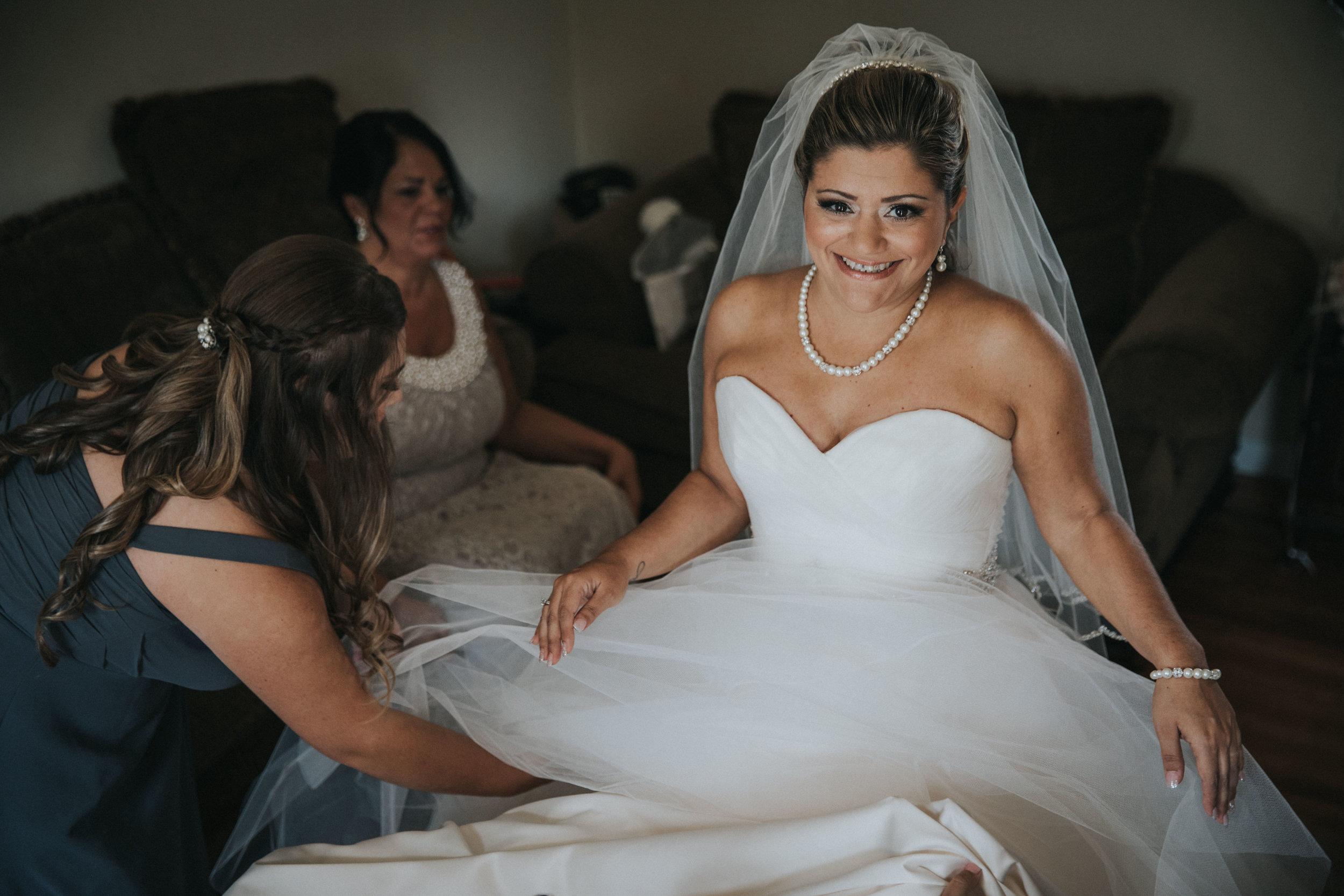 NewJersey_Wedding_Photography_Brigalias_Getting_Ready_Tara&Pete-76.jpg