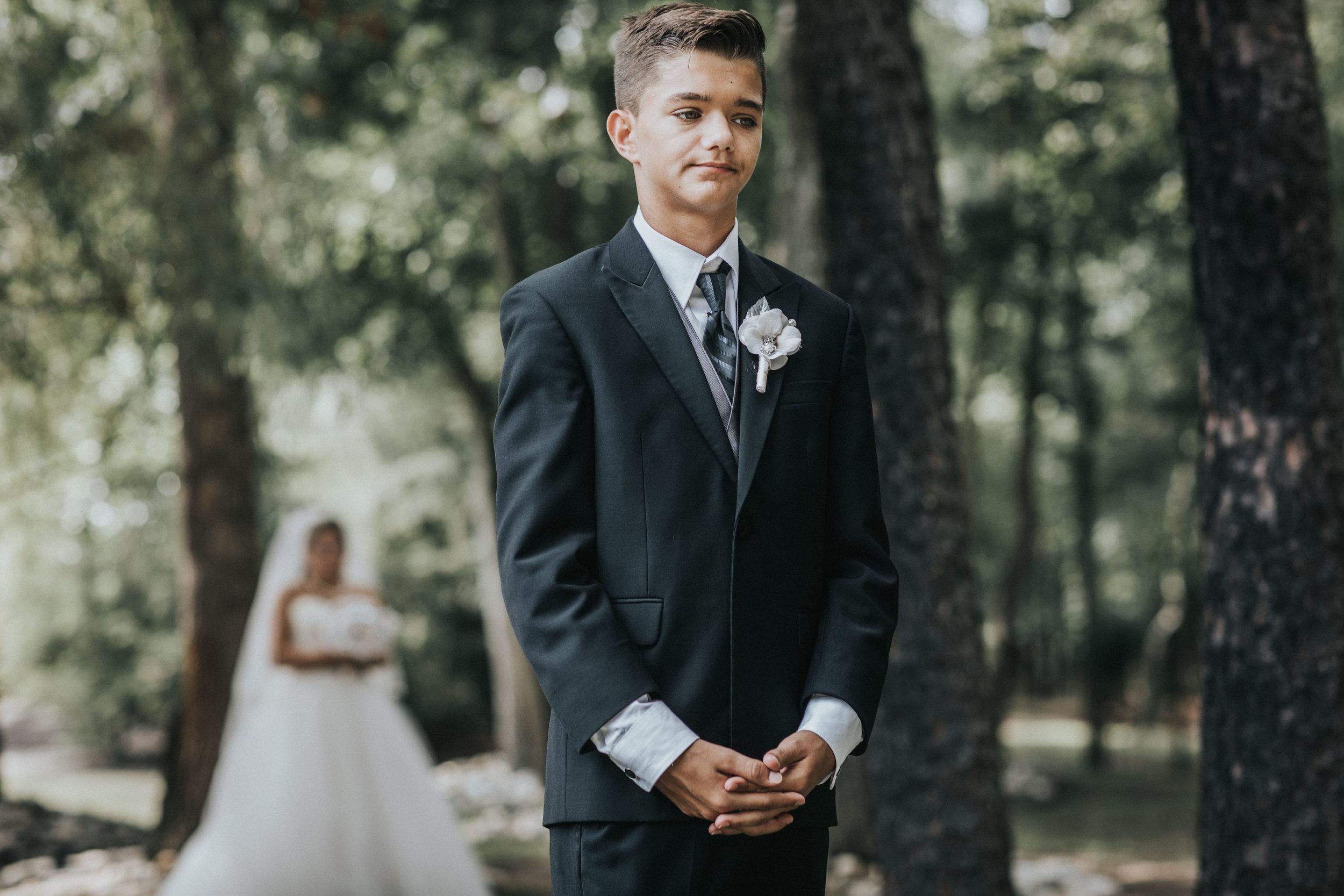 NewJersey_Wedding_Photography_Brigalias_First_Look_Tara&Pete-5.jpg