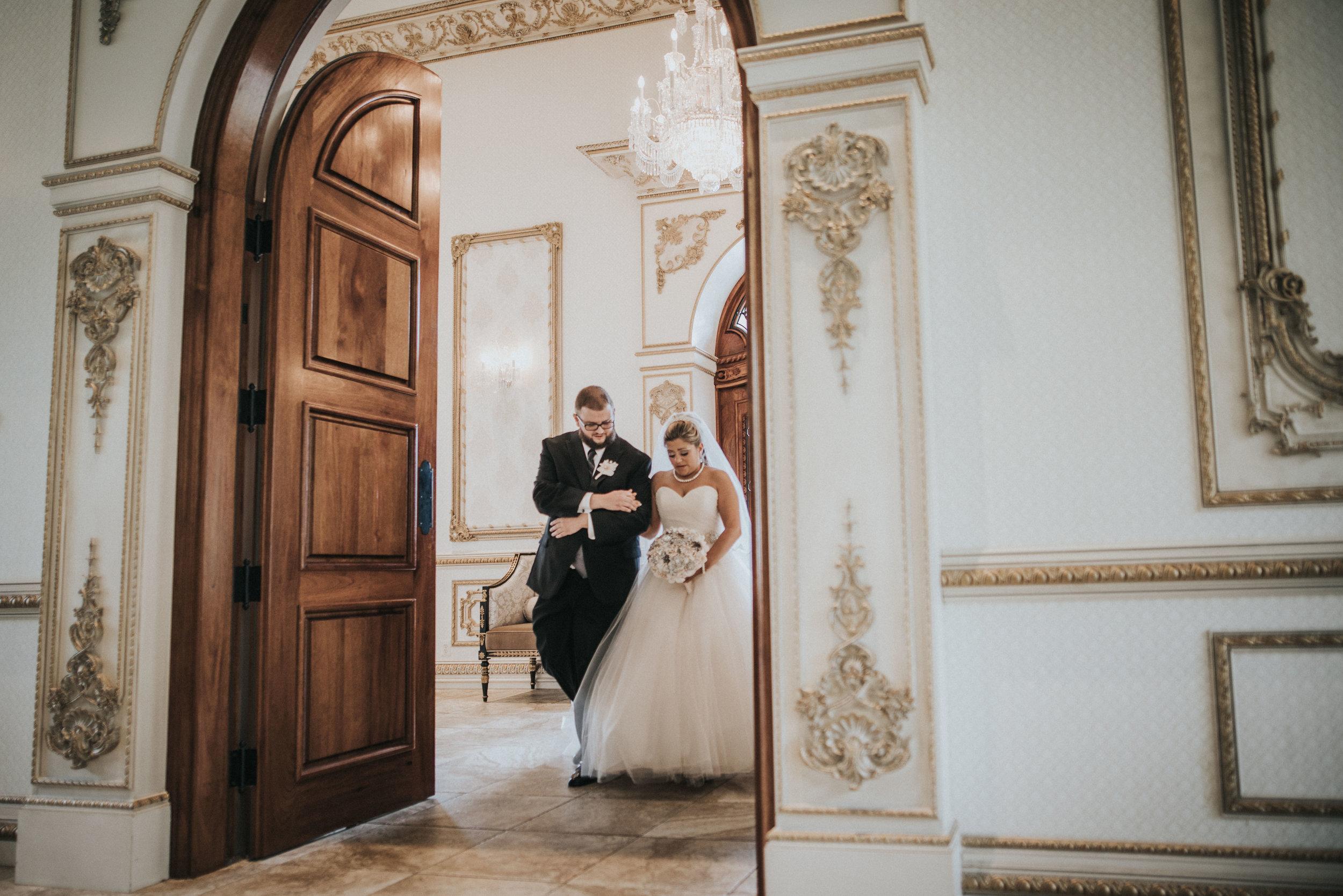 NewJersey_Wedding_Photography_Brigalias_Ceremony_Tara&Pete-37.jpg