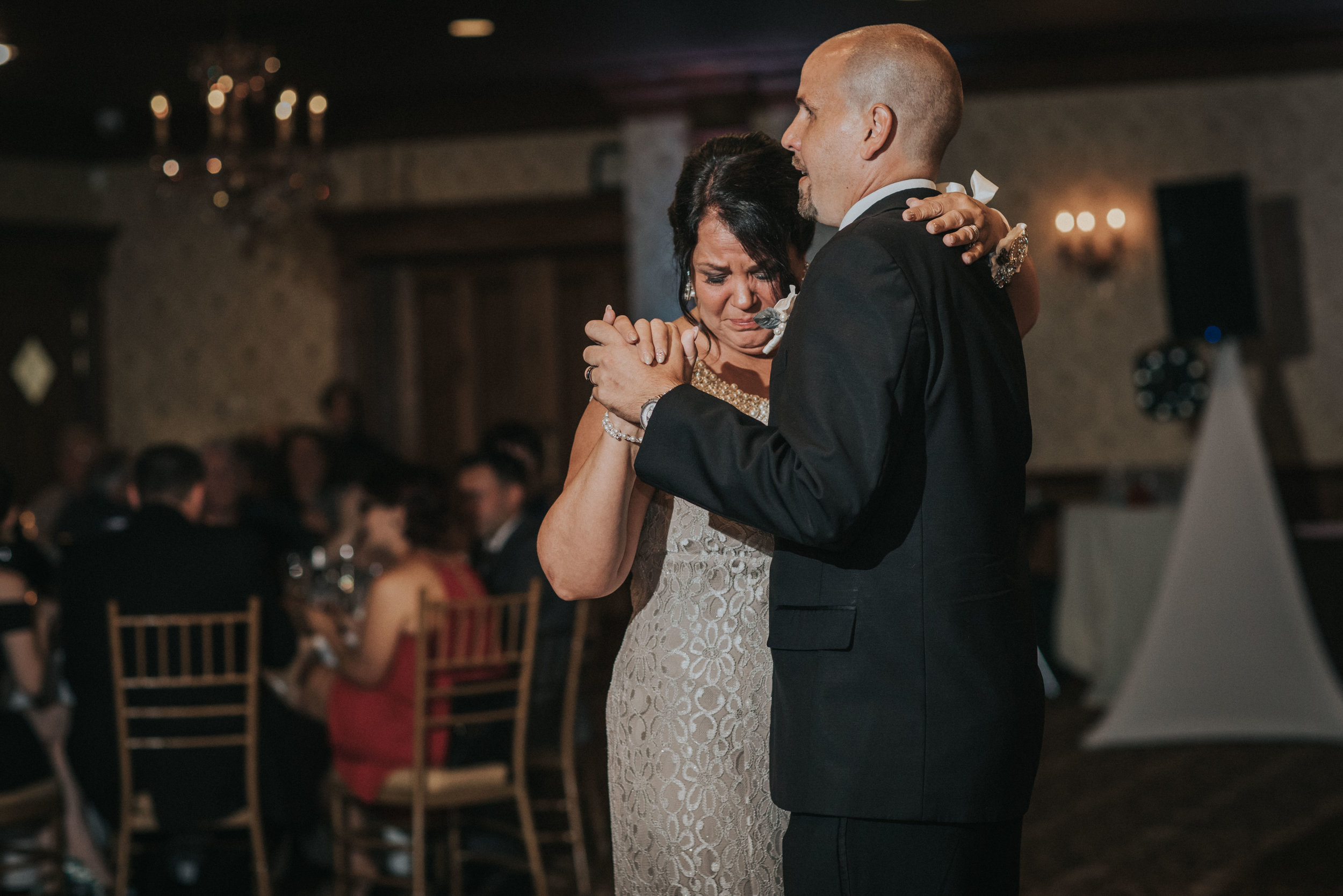NewJersey_Wedding_Photography_Brigalias_Reception_Tara&Pete-38.jpg