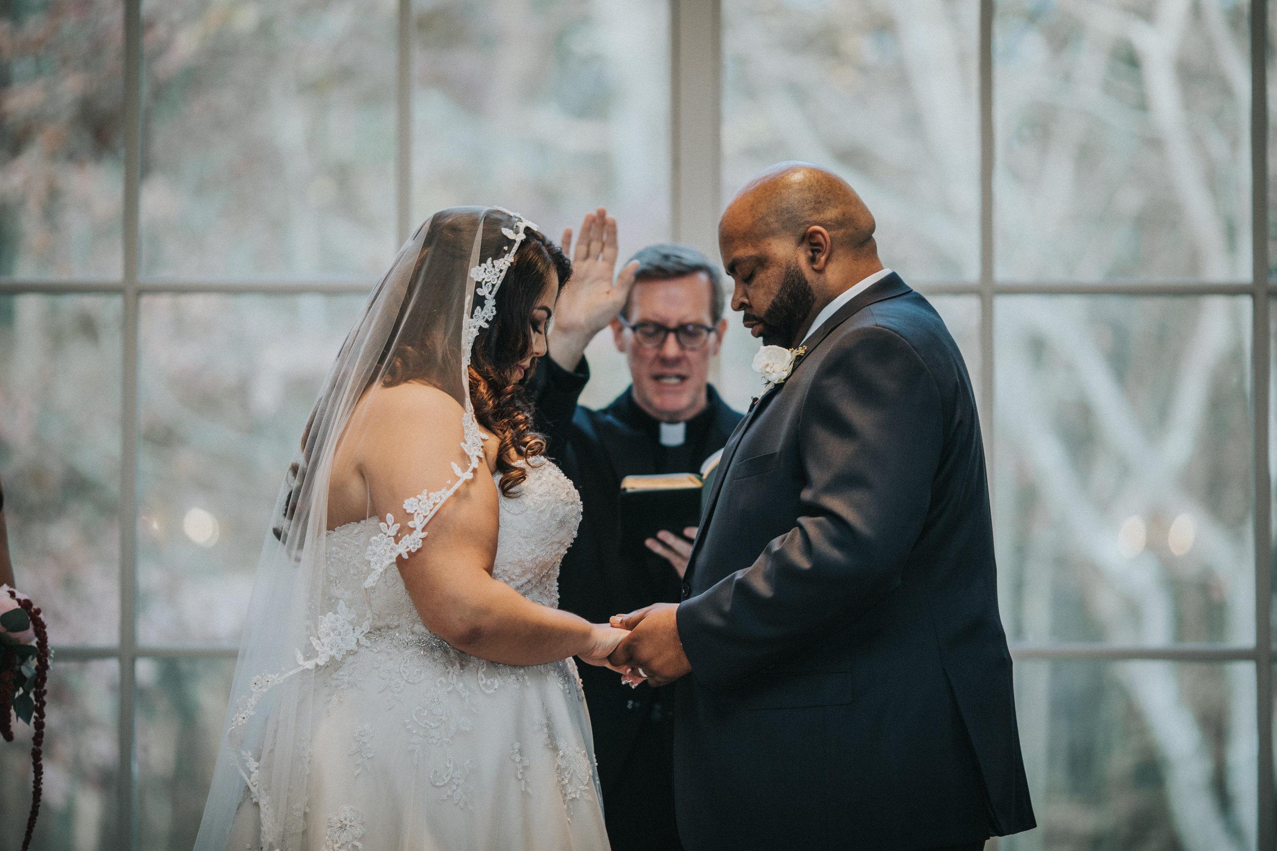 New-Jersey-Wedding-Photography-Brigalias-Deanna&Darryl-Ceremony-98.jpg