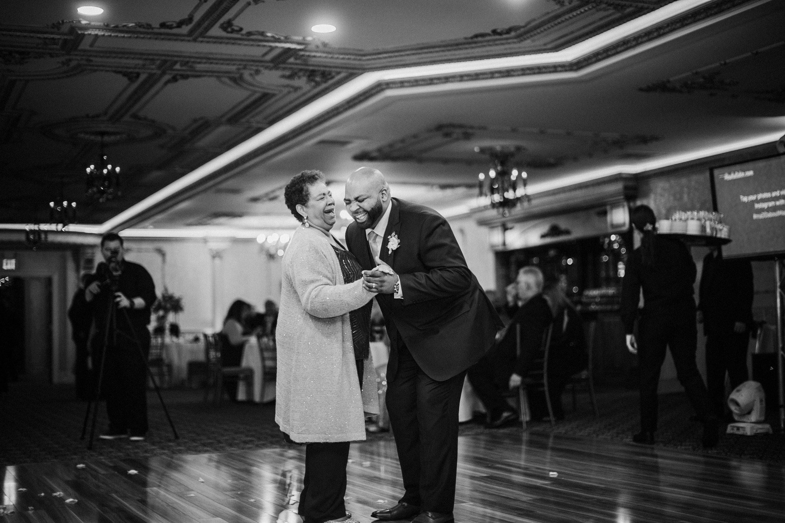 New-Jersey-Wedding-Photography-Brigalias-Deanna&Darryl-Reception-BW-106.jpg