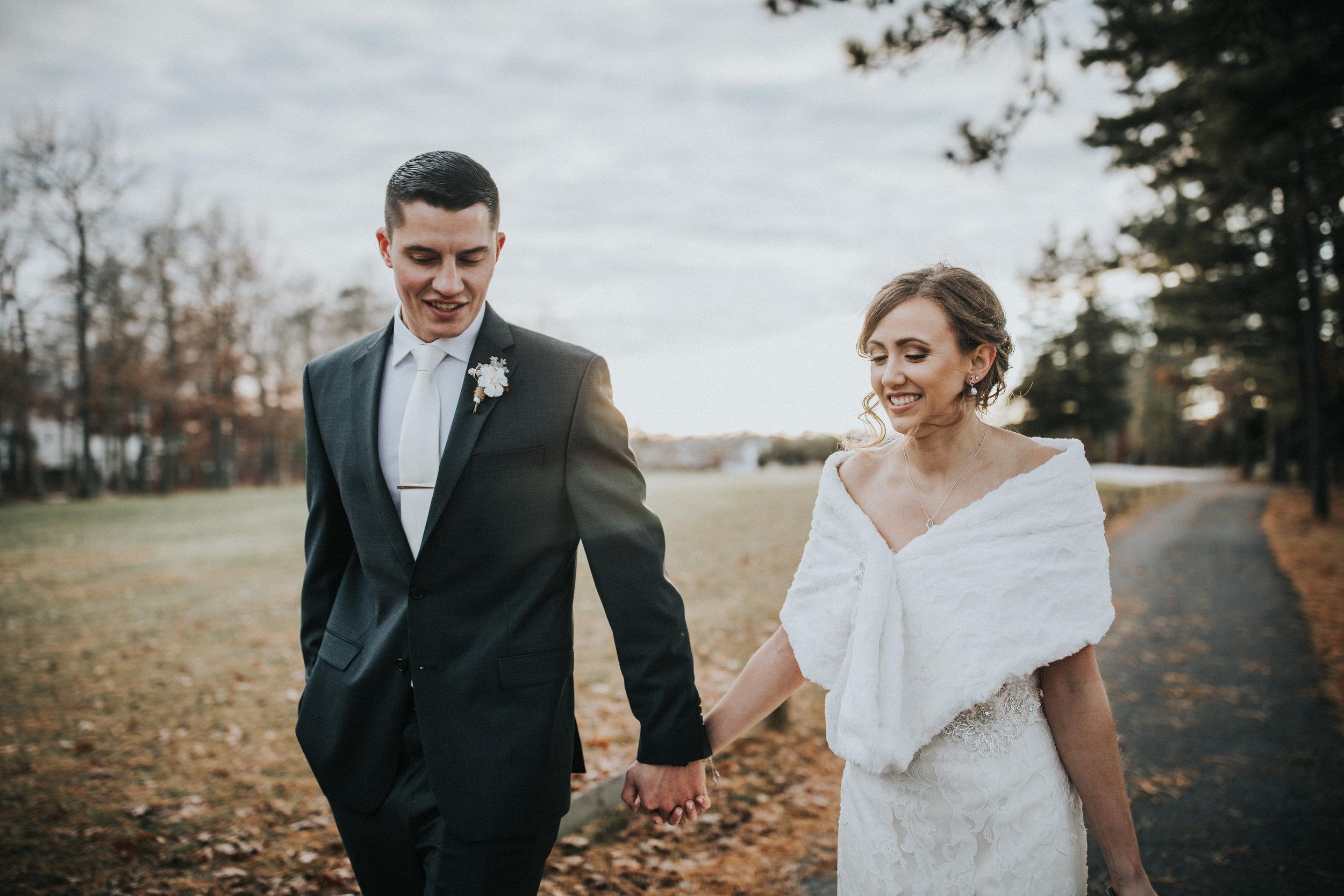 New-Jersey-Wedding-Photographer-JennaLynnPhotography-Blue-Heron-Pines-Sami+Nick-BrideandGroom-24.jpg