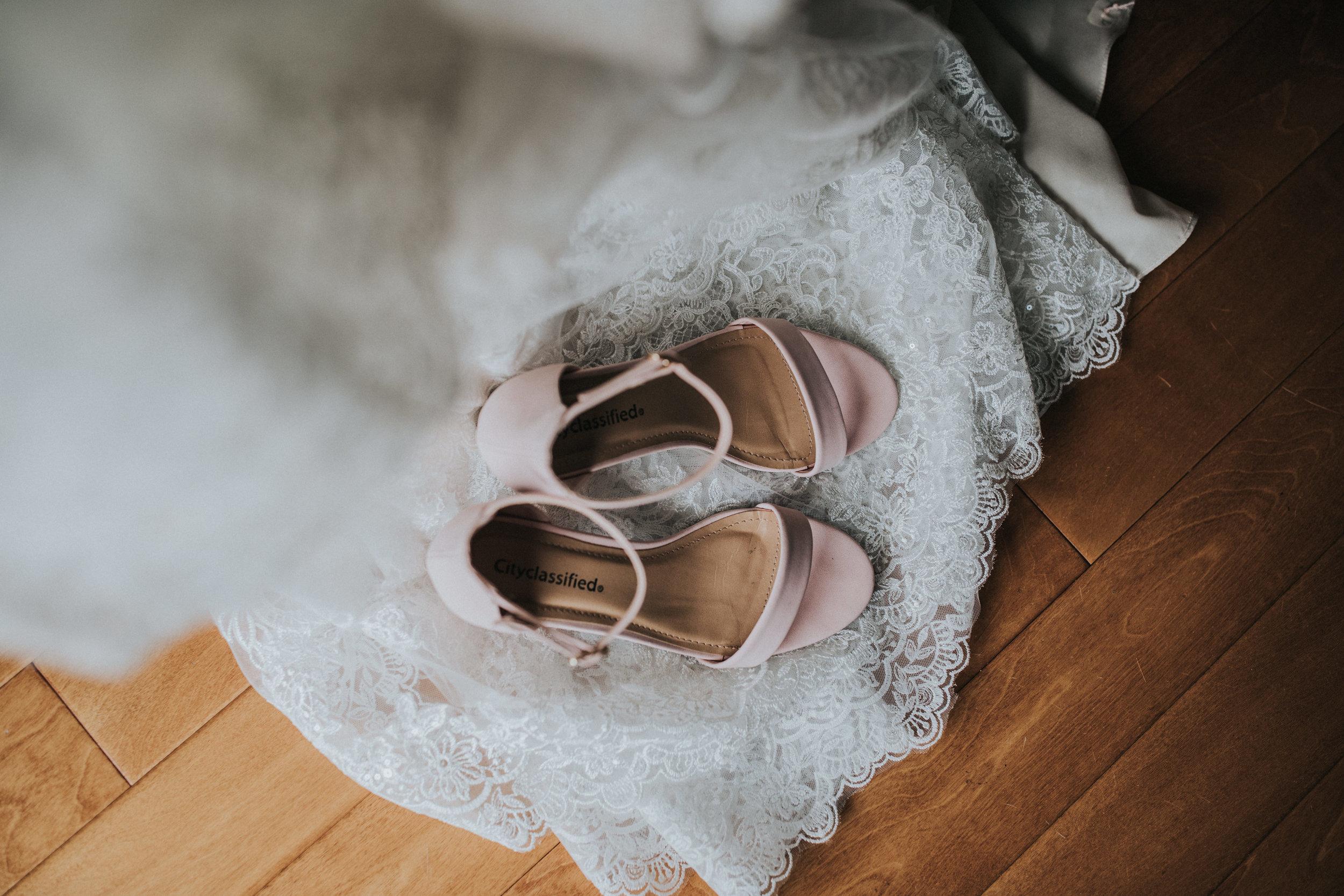 New-Jersey-Wedding-Photography-Fishers-Tudor-House-JennaLynnPhotography-Details-Kathleen&Eddie-14.jpg