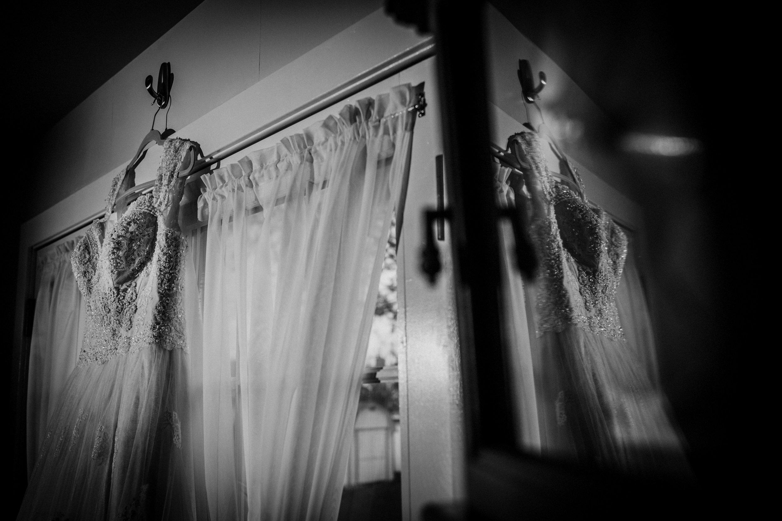 New-Jersey-Wedding-Photography-Fishers-Tudor-House-JennaLynnPhotography-DetailsBW-Kathleen&Eddie-9.jpg