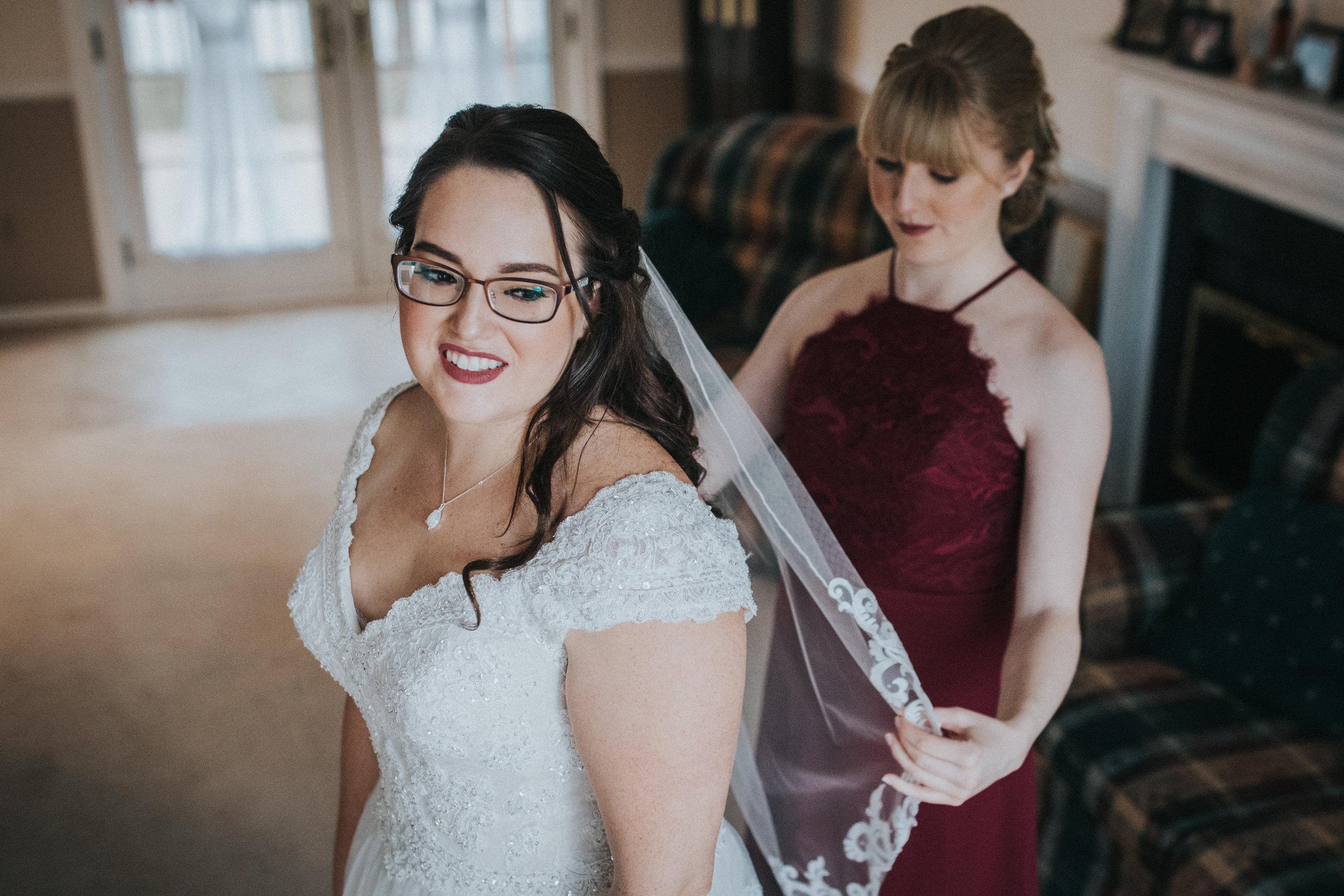 New-Jersey-Wedding-Photography-Fishers-Tudor-House-JennaLynnPhotography-Getting-Ready-Kathleen&Eddie-69.jpg