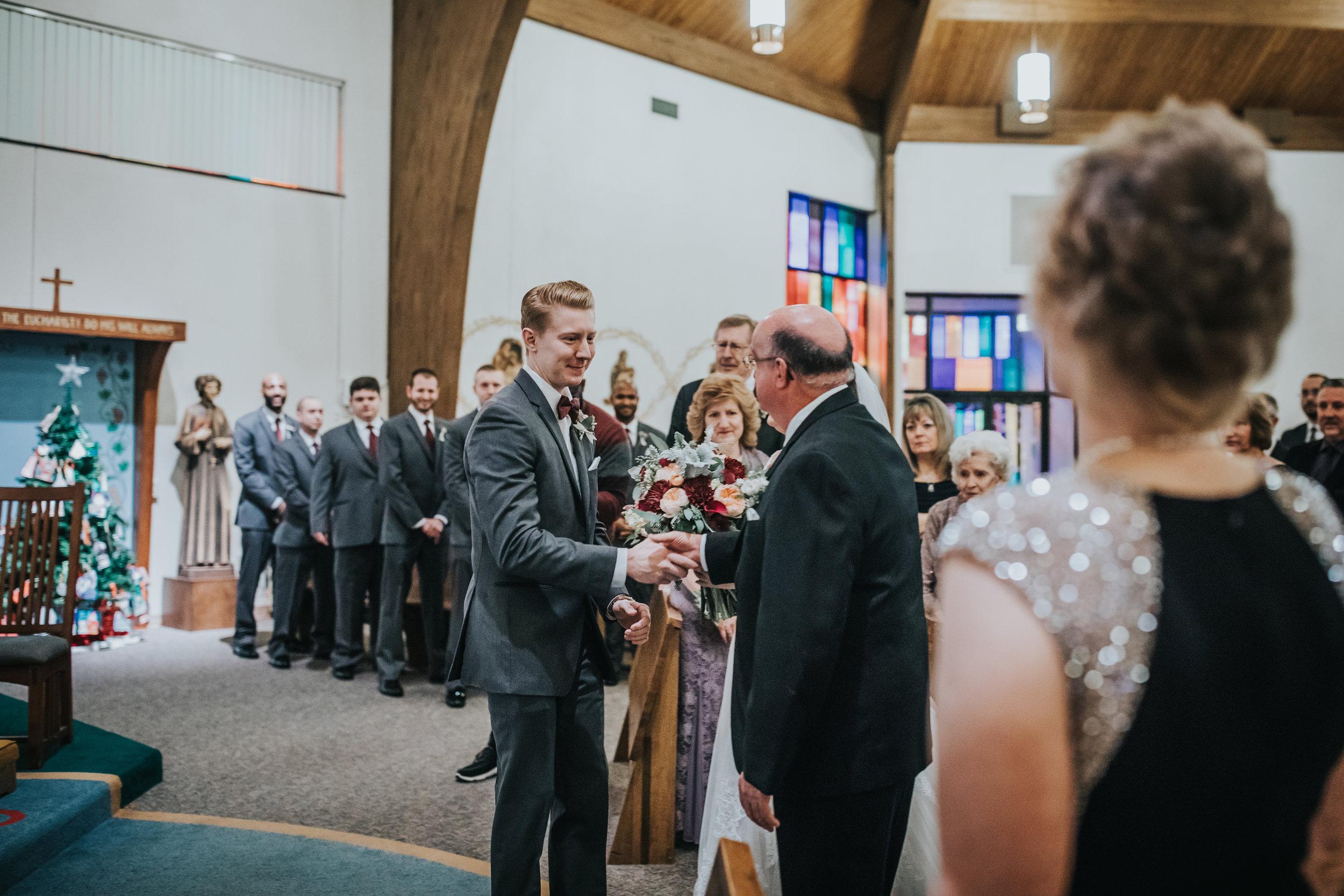 New-Jersey-Wedding-Photography-Fishers-Tudor-House-JennaLynnPhotography-Ceremony-Kathleen&Eddie-19.jpg