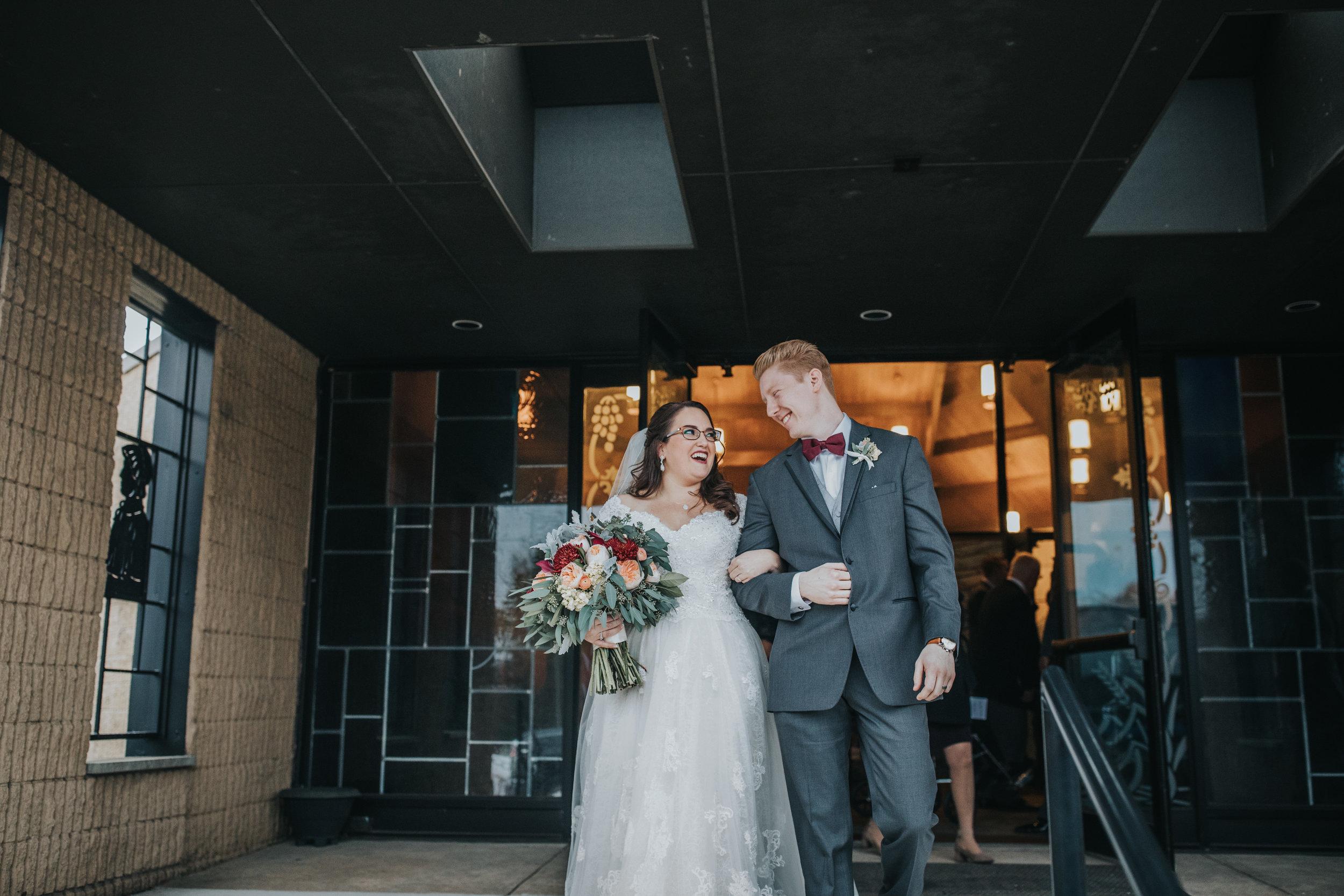 New-Jersey-Wedding-Photography-Fishers-Tudor-House-JennaLynnPhotography-Ceremony-Kathleen&Eddie-82.jpg
