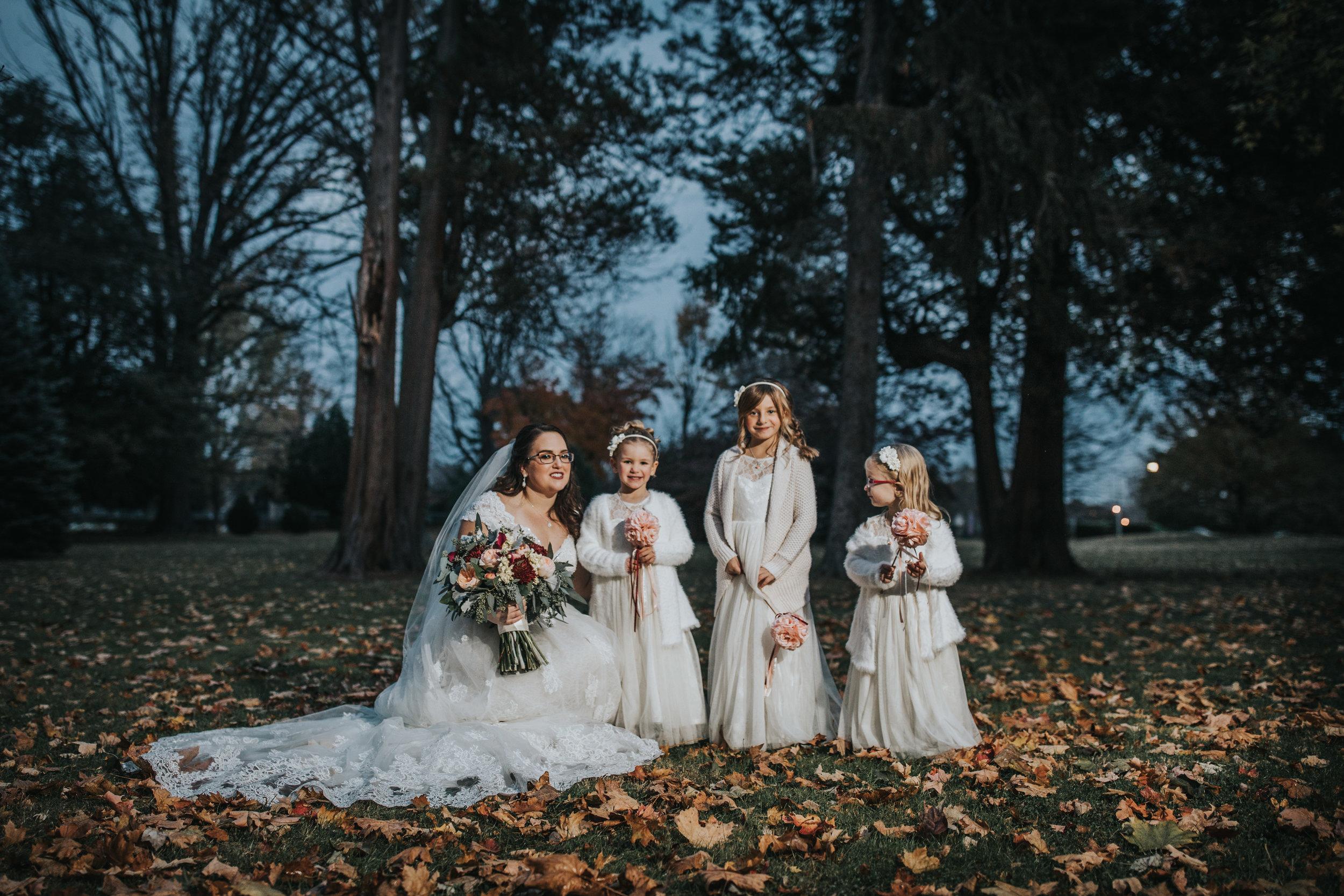 New-Jersey-Wedding-Photography-Fishers-Tudor-House-JennaLynnPhotography-BridalParty-Kathleen&Eddie-20.jpg