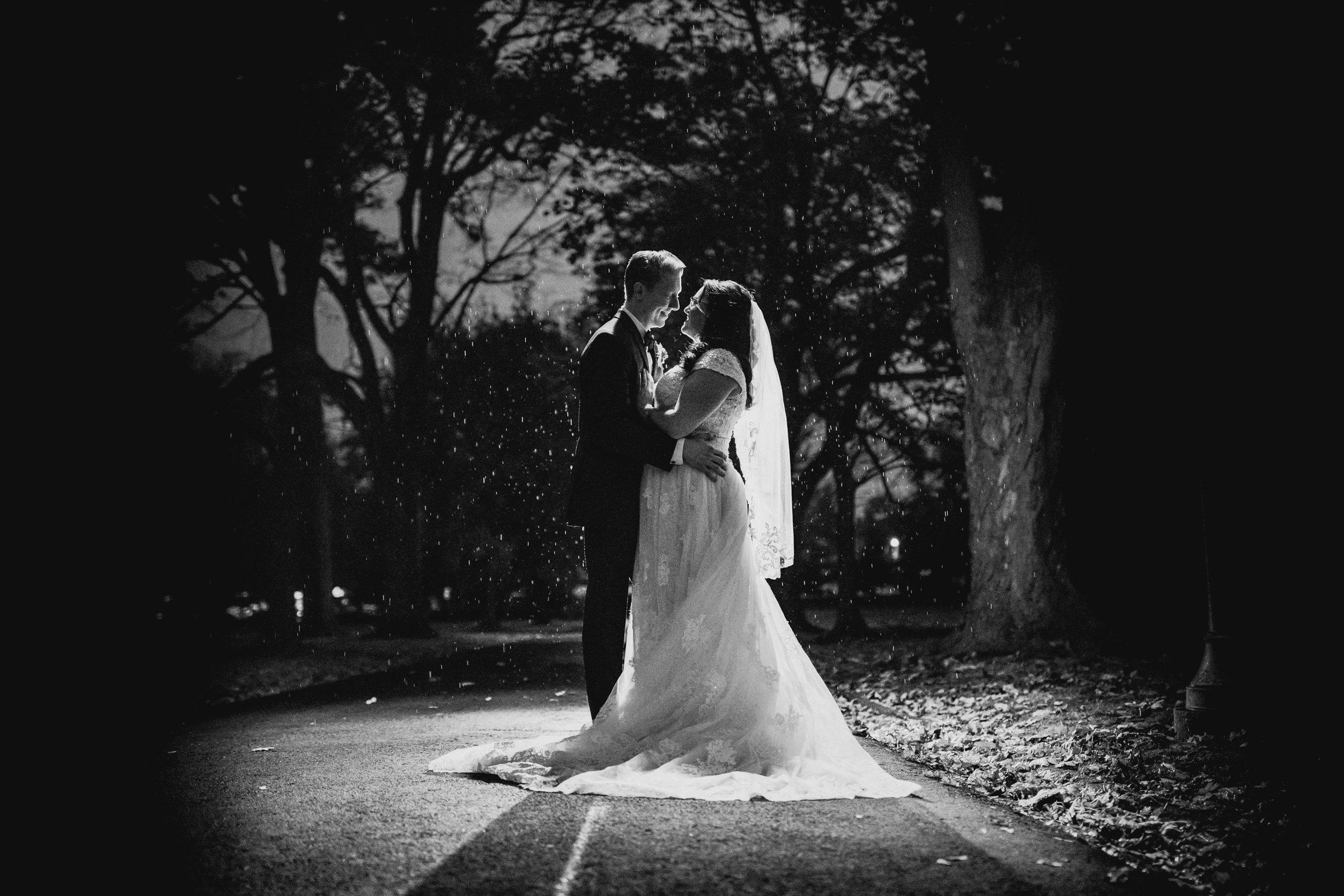 New-Jersey-Wedding-Photography-Fishers-Tudor-House-JennaLynnPhotography-Bride&GroomBW-Kathleen&Eddie-17.jpg