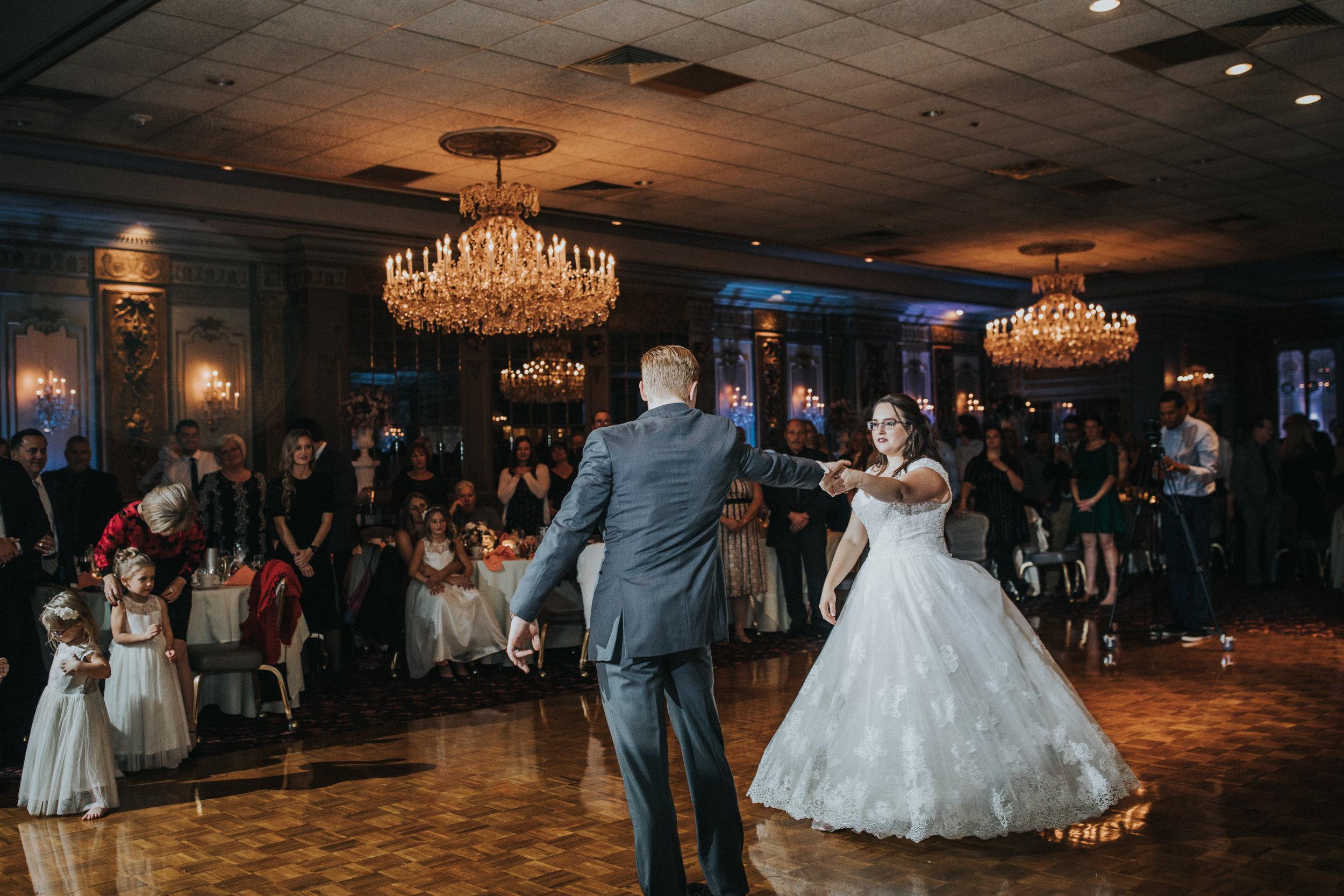 New-Jersey-Wedding-Photography-Fishers-Tudor-House-JennaLynnPhotography-Reception-Kathleen&Eddie-15.jpg