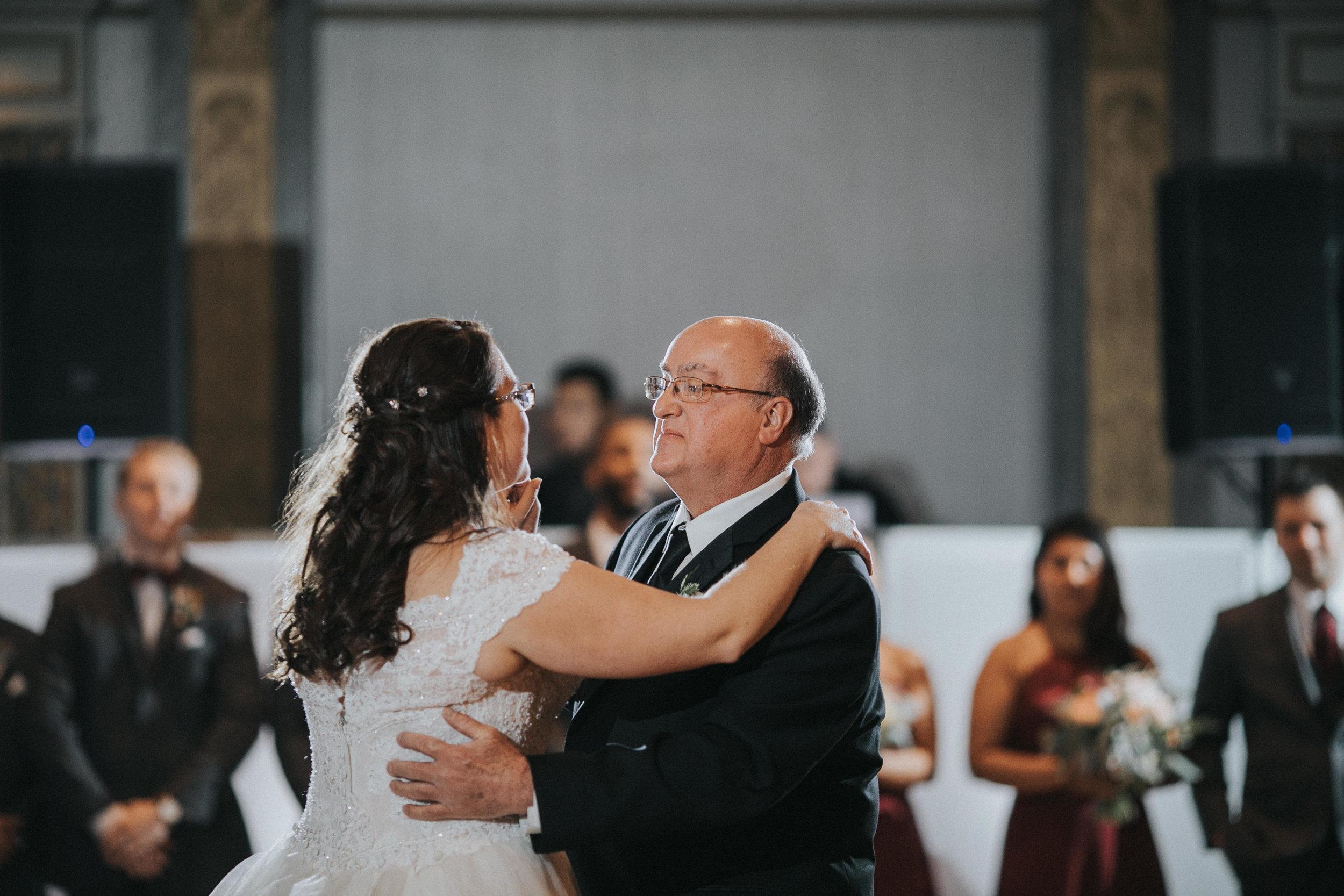 New-Jersey-Wedding-Photography-Fishers-Tudor-House-JennaLynnPhotography-Reception-Kathleen&Eddie-104.jpg