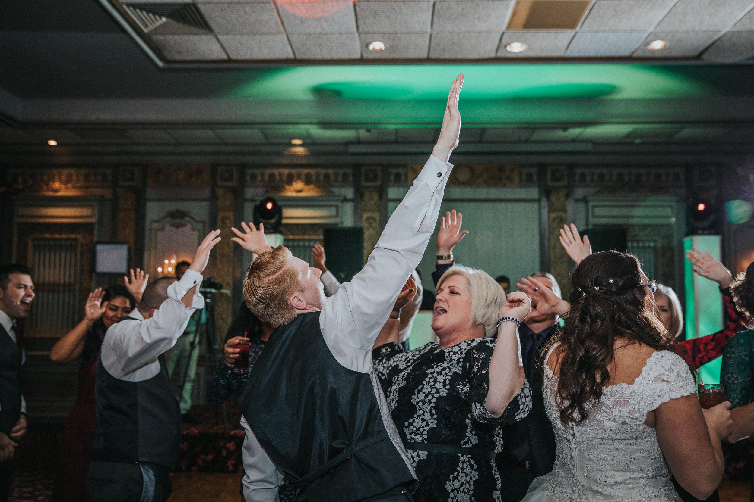New-Jersey-Wedding-Photography-Fishers-Tudor-House-JennaLynnPhotography-Reception-Kathleen&Eddie-169.jpg
