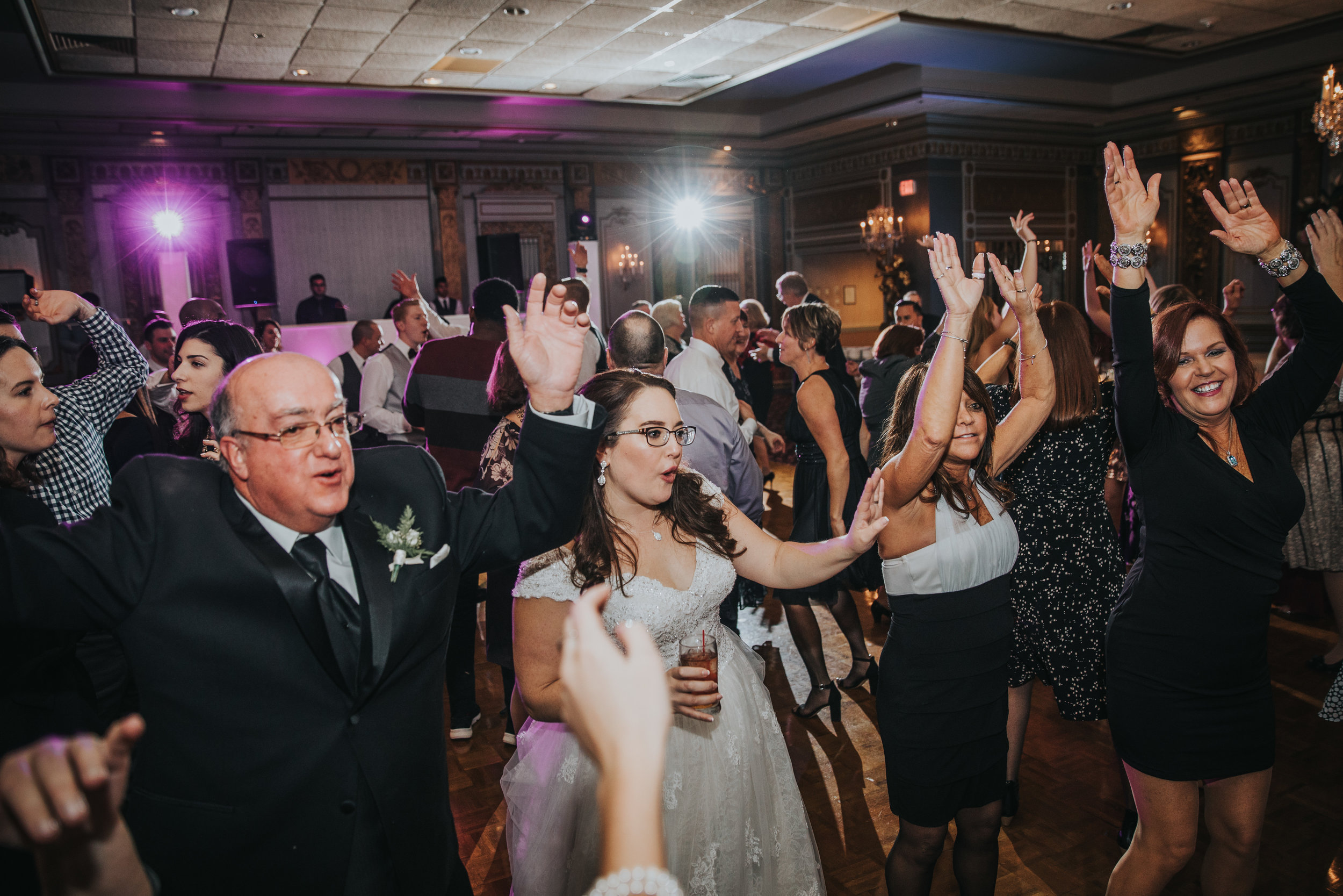 New-Jersey-Wedding-Photography-Fishers-Tudor-House-JennaLynnPhotography-Reception-Kathleen&Eddie-172.jpg