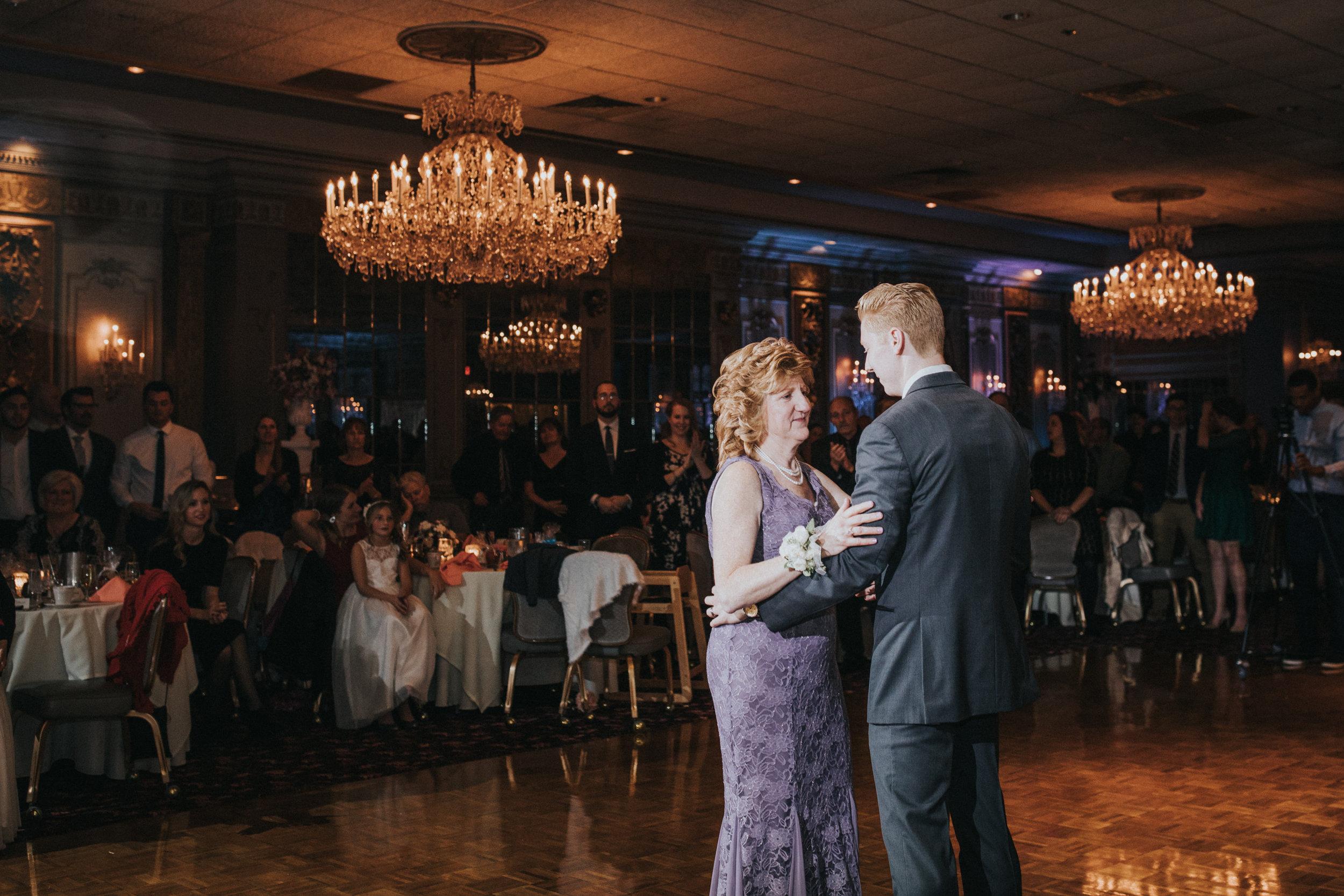New-Jersey-Wedding-Photography-Fishers-Tudor-House-JennaLynnPhotography-Reception-Kathleen&Eddie-36.jpg