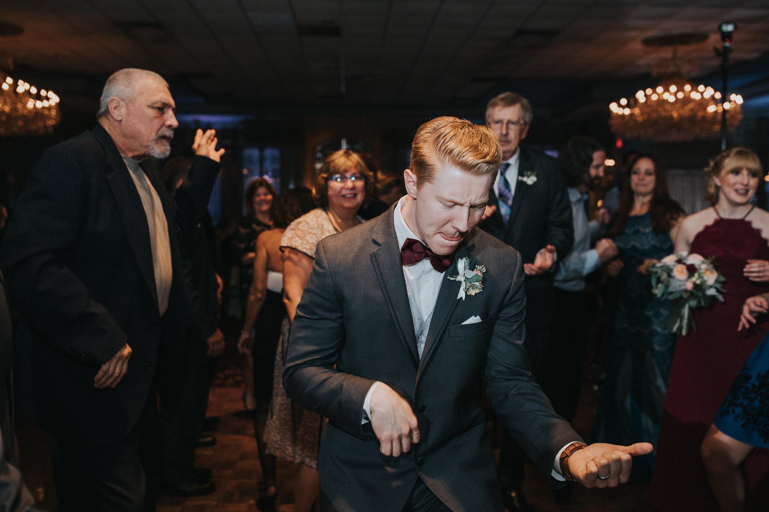 New-Jersey-Wedding-Photography-Fishers-Tudor-House-JennaLynnPhotography-Reception-Kathleen&Eddie-60.jpg
