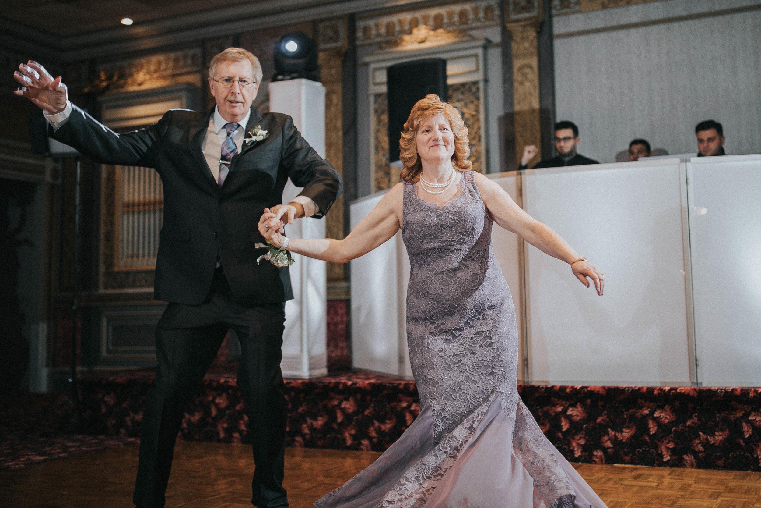 New-Jersey-Wedding-Photography-Fishers-Tudor-House-JennaLynnPhotography-Reception-Kathleen&Eddie-68.jpg