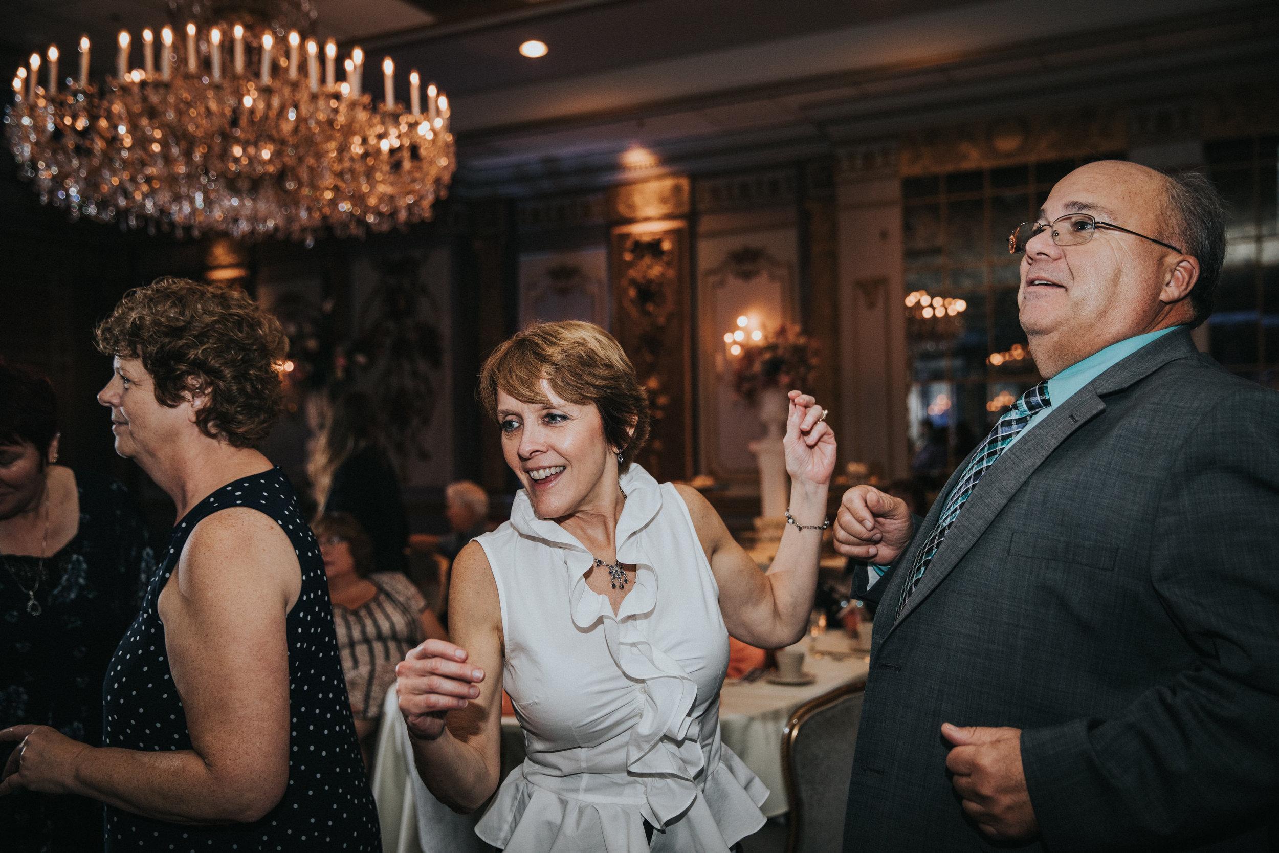 New-Jersey-Wedding-Photography-Fishers-Tudor-House-JennaLynnPhotography-Reception-Kathleen&Eddie-226.jpg