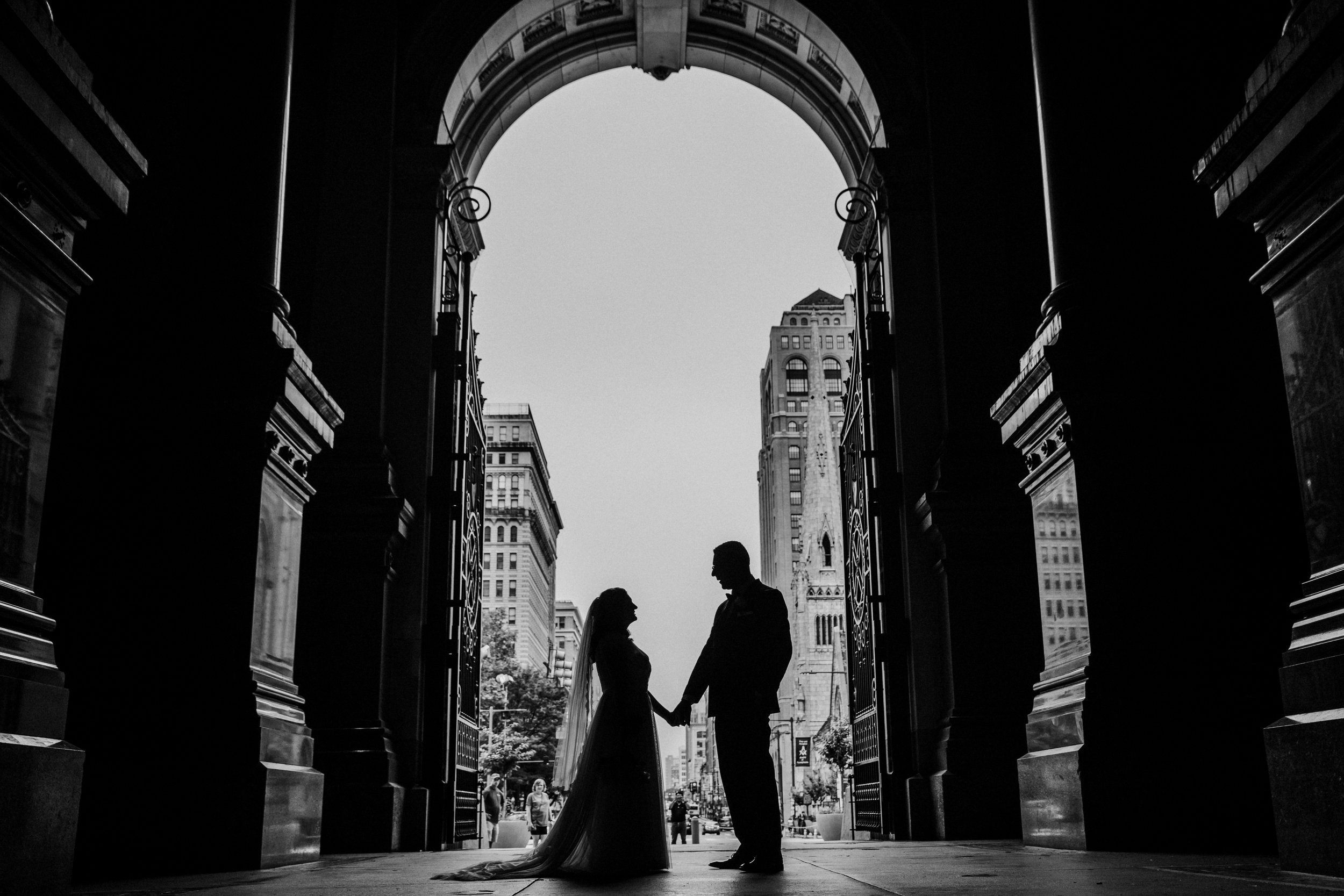 JennaLynnPhotography-NJWeddingPhotographer-Philadelphia-Wedding-ArtsBallroom-Bride&GroomBW-23.jpg