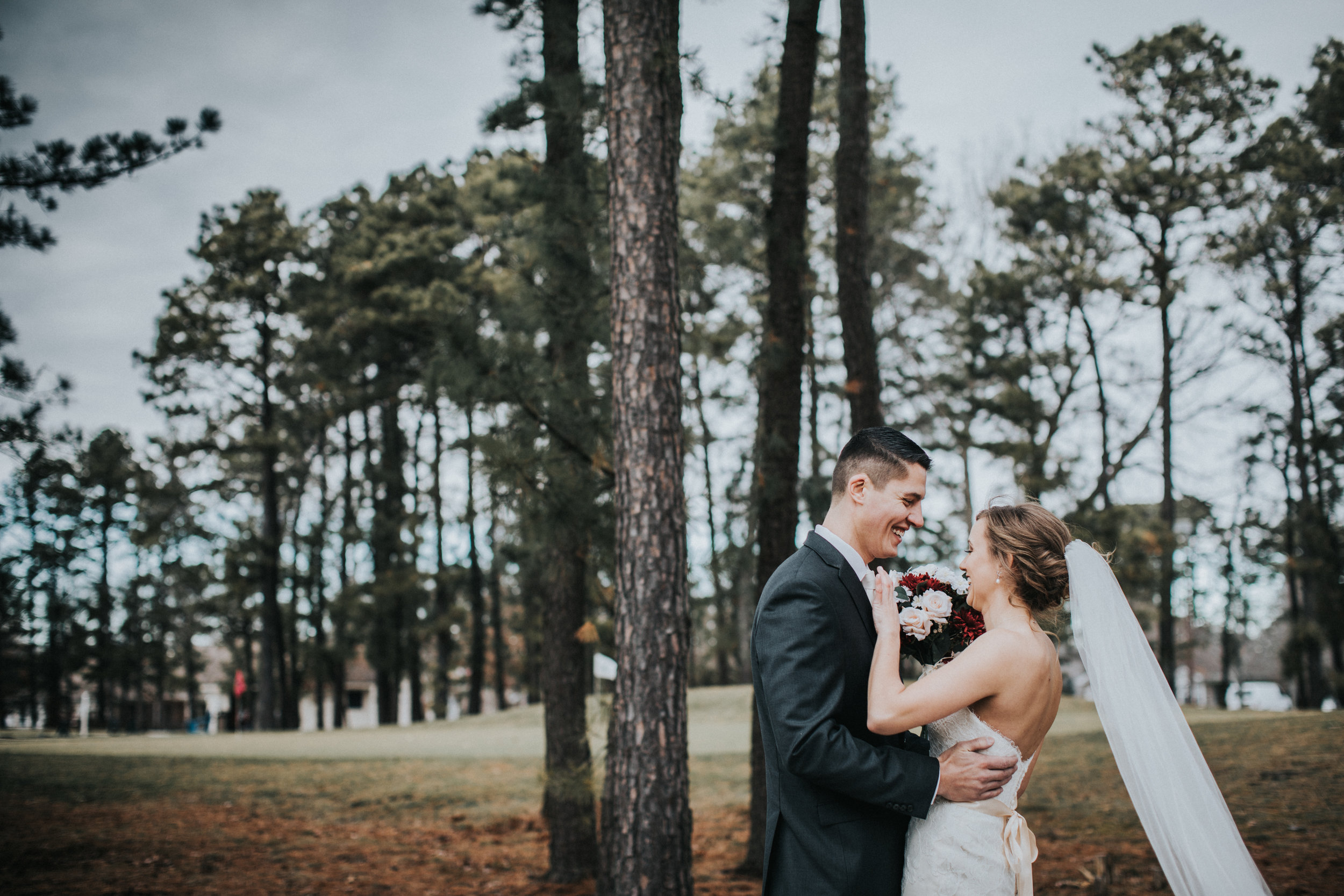 New-Jersey-Wedding-Photographer-JennaLynnPhotography-Blue-Heron-Pines-Sami+Nick-FirstLook-30.jpg