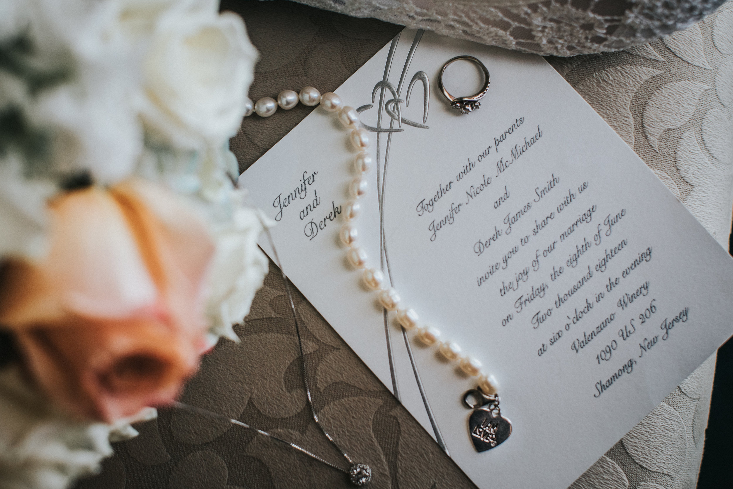New-Jersey-Wedding-Photographer-JennaLynnPhotography-ValenzanoWinery-Details-5.jpg