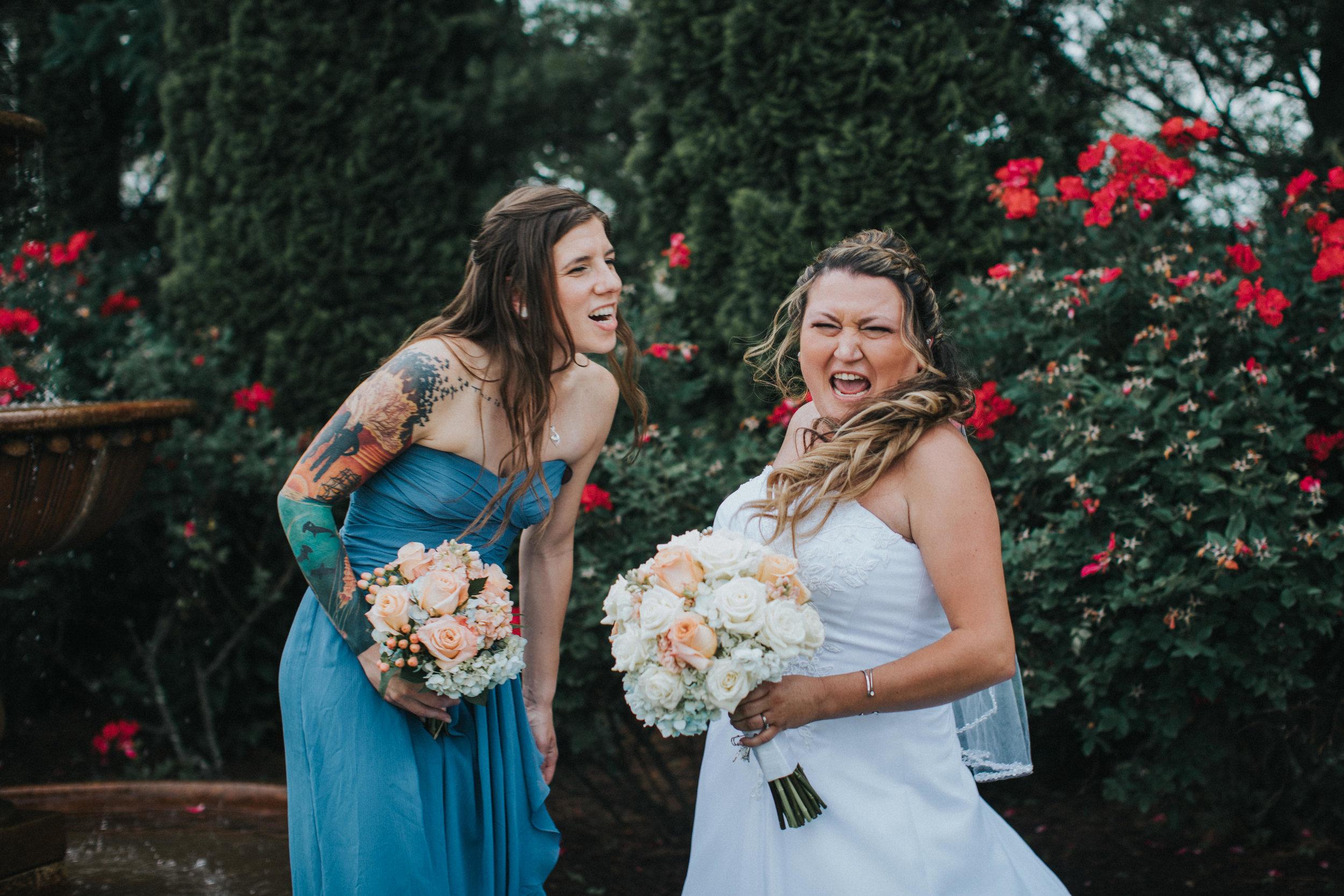 New-Jersey-Wedding-Photographer-JennaLynnPhotography-ValenzanoWinery-BridalParty-35.jpg