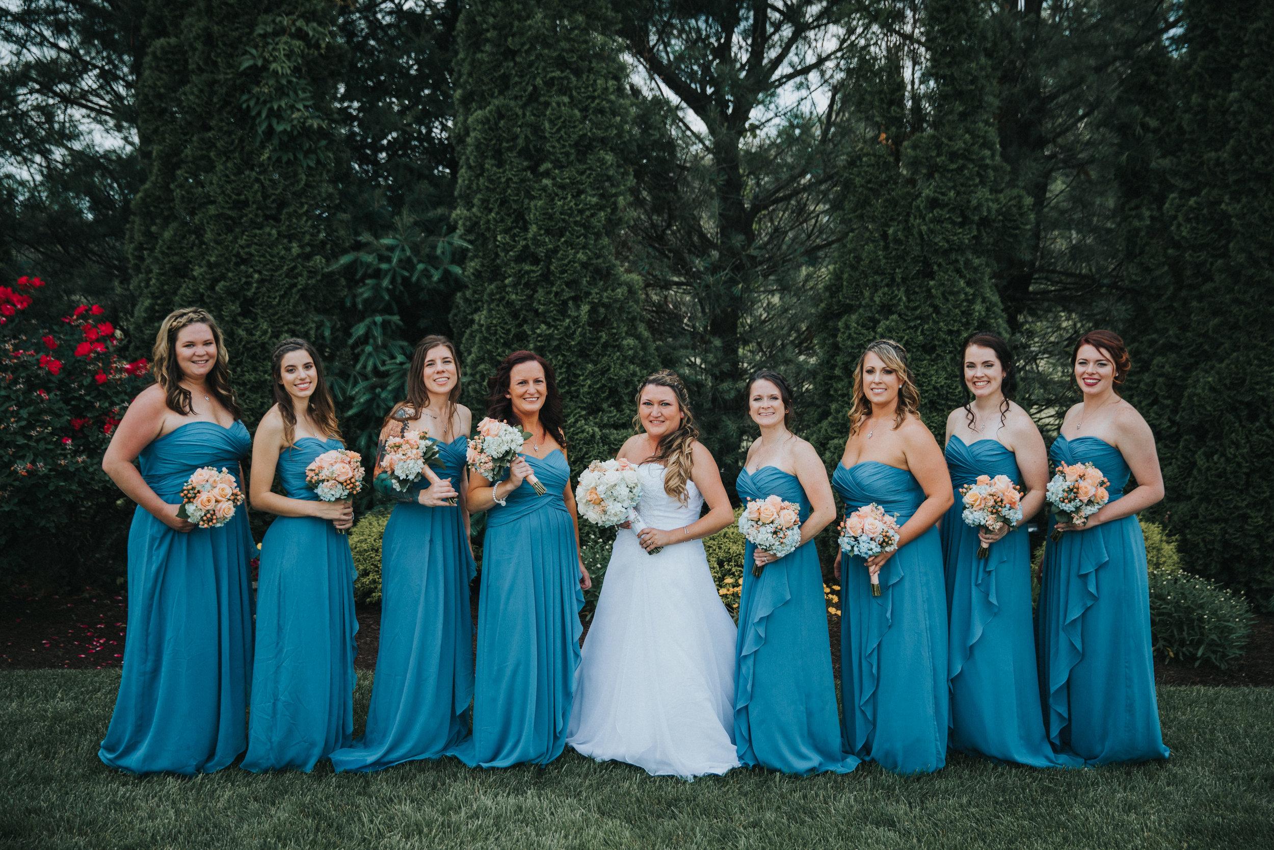 New-Jersey-Wedding-Photographer-JennaLynnPhotography-ValenzanoWinery-BridalParty-41.jpg