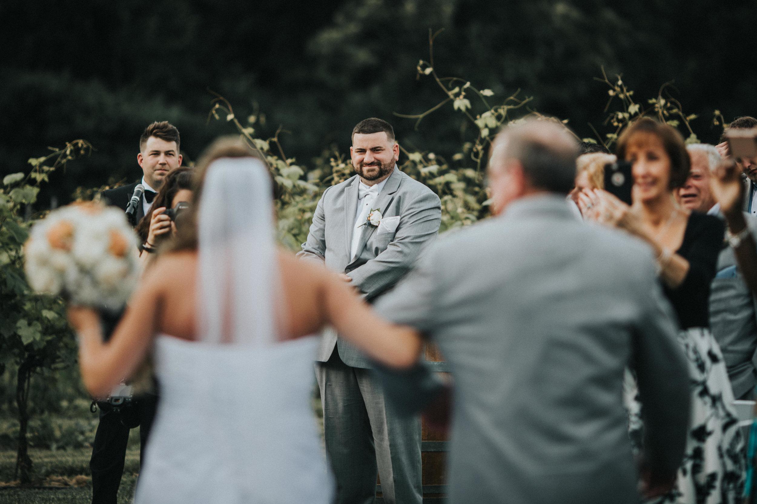 New-Jersey-Wedding-Photographer-JennaLynnPhotography-ValenzanoWinery-Ceremony-86.jpg