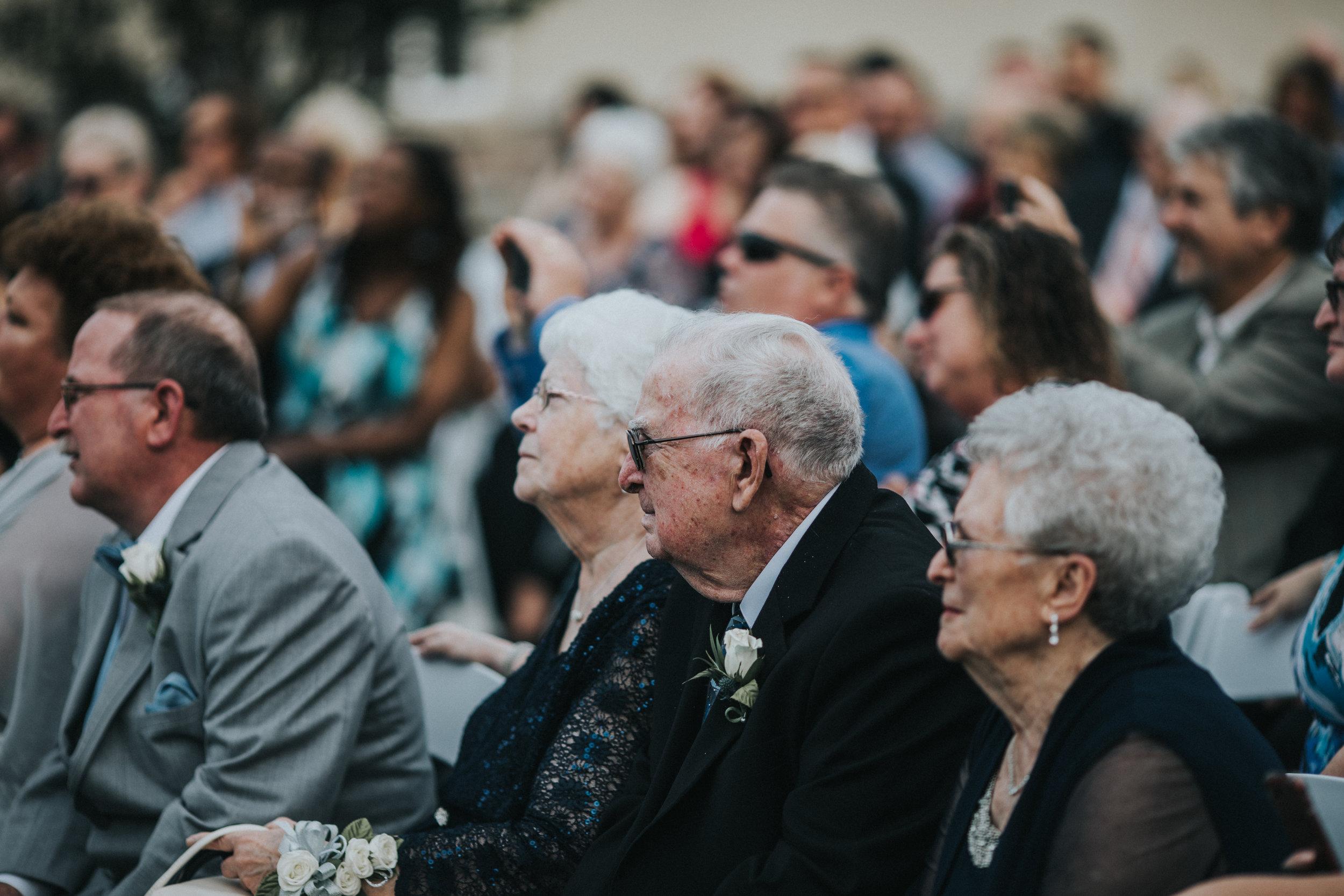 New-Jersey-Wedding-Photographer-JennaLynnPhotography-ValenzanoWinery-Ceremony-107.jpg