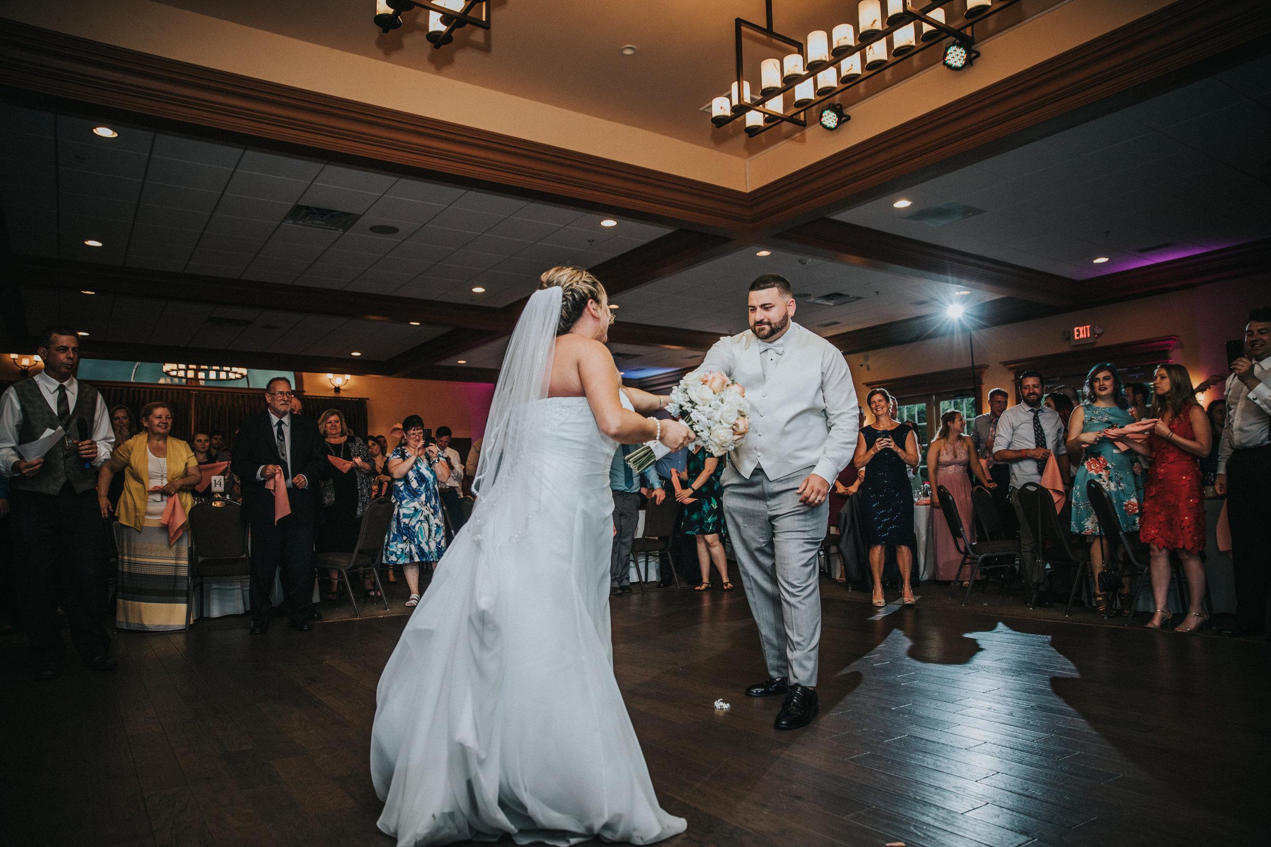 New-Jersey-Wedding-Photographer-JennaLynnPhotography-ValenzanoWinery-Reception-38.jpg
