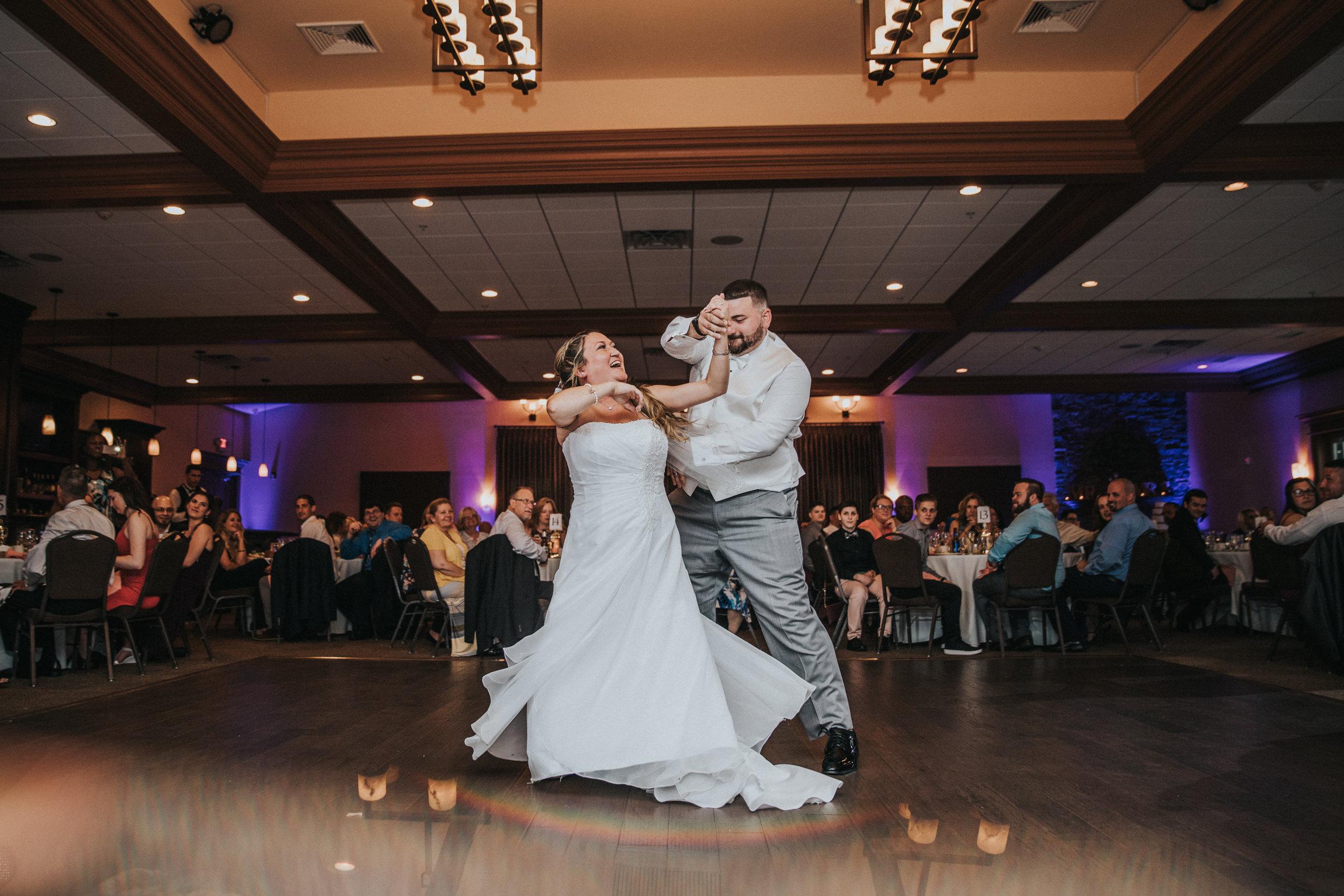 New-Jersey-Wedding-Photographer-JennaLynnPhotography-ValenzanoWinery-Reception-44.jpg