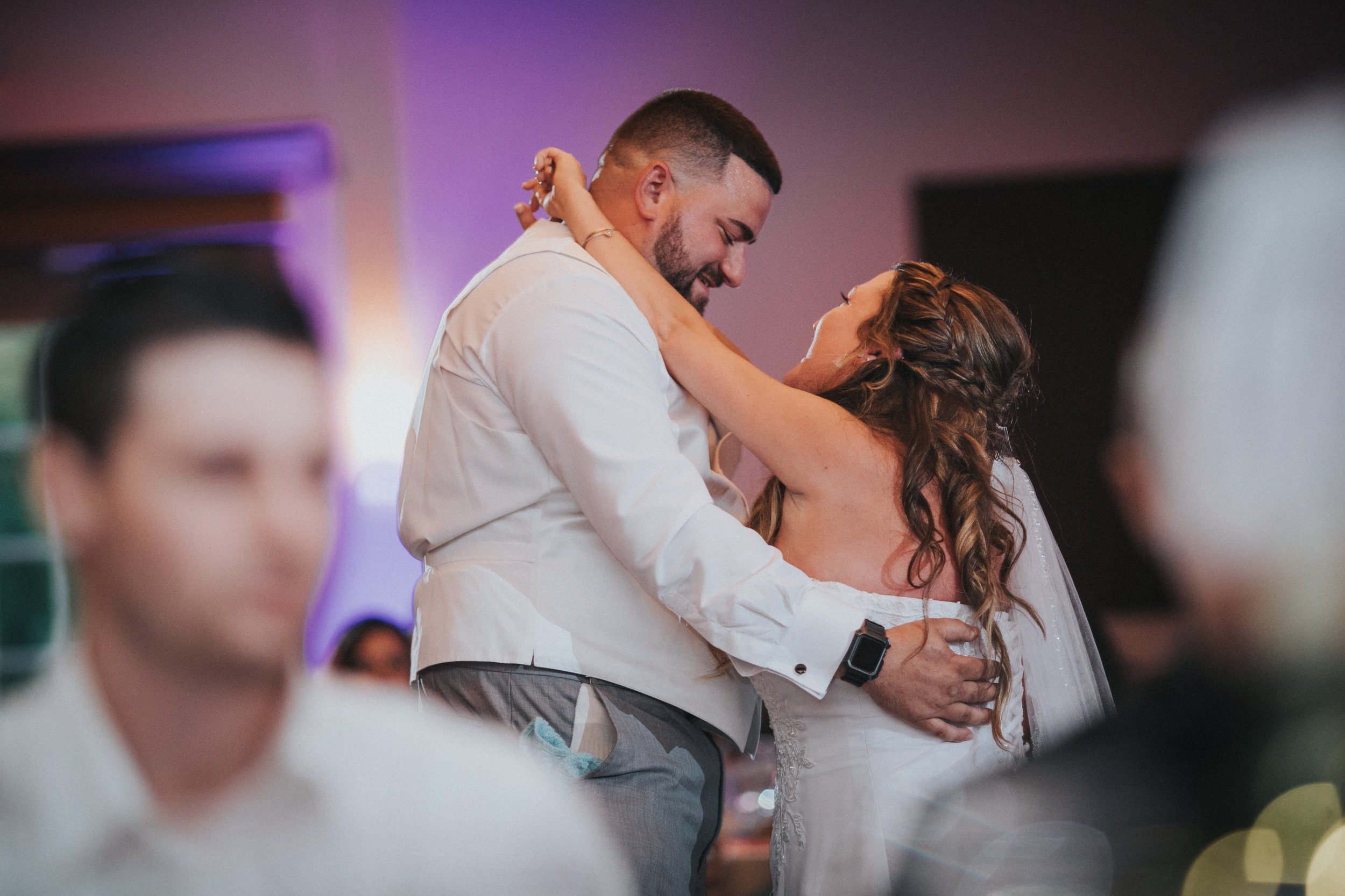 New-Jersey-Wedding-Photographer-JennaLynnPhotography-ValenzanoWinery-Reception-48.jpg