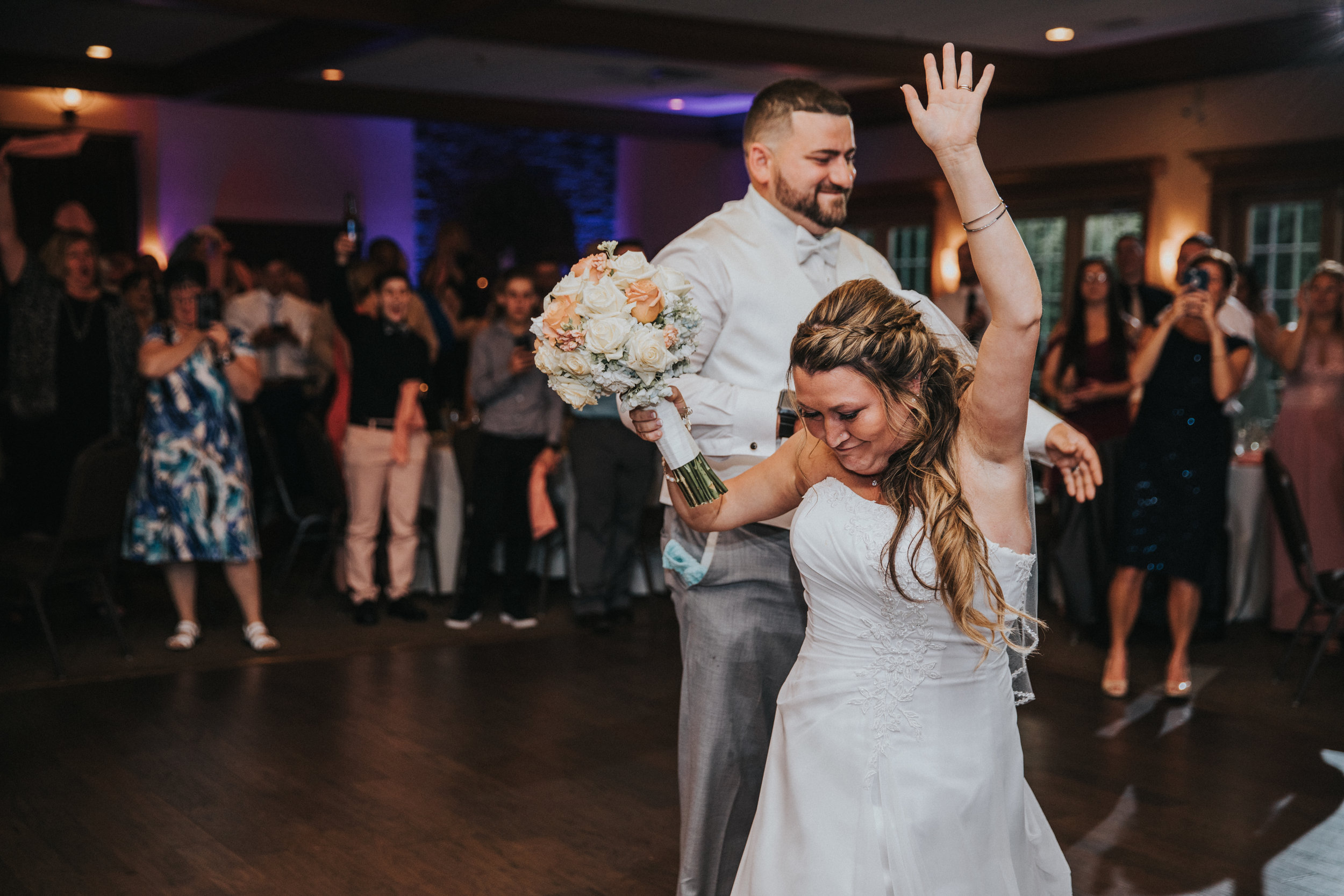New-Jersey-Wedding-Photographer-JennaLynnPhotography-ValenzanoWinery-Reception-40.jpg