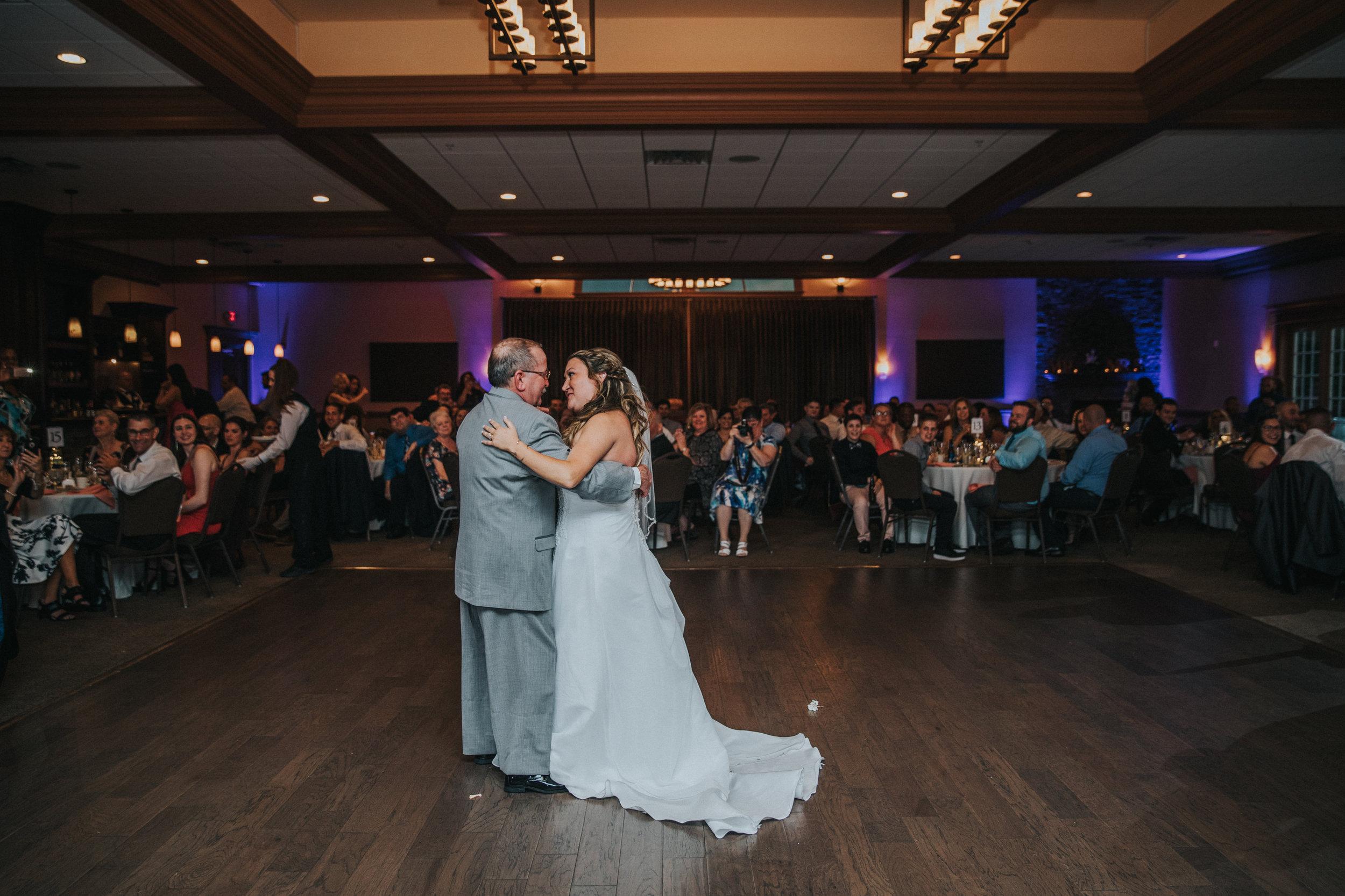New-Jersey-Wedding-Photographer-JennaLynnPhotography-ValenzanoWinery-Reception-58.jpg