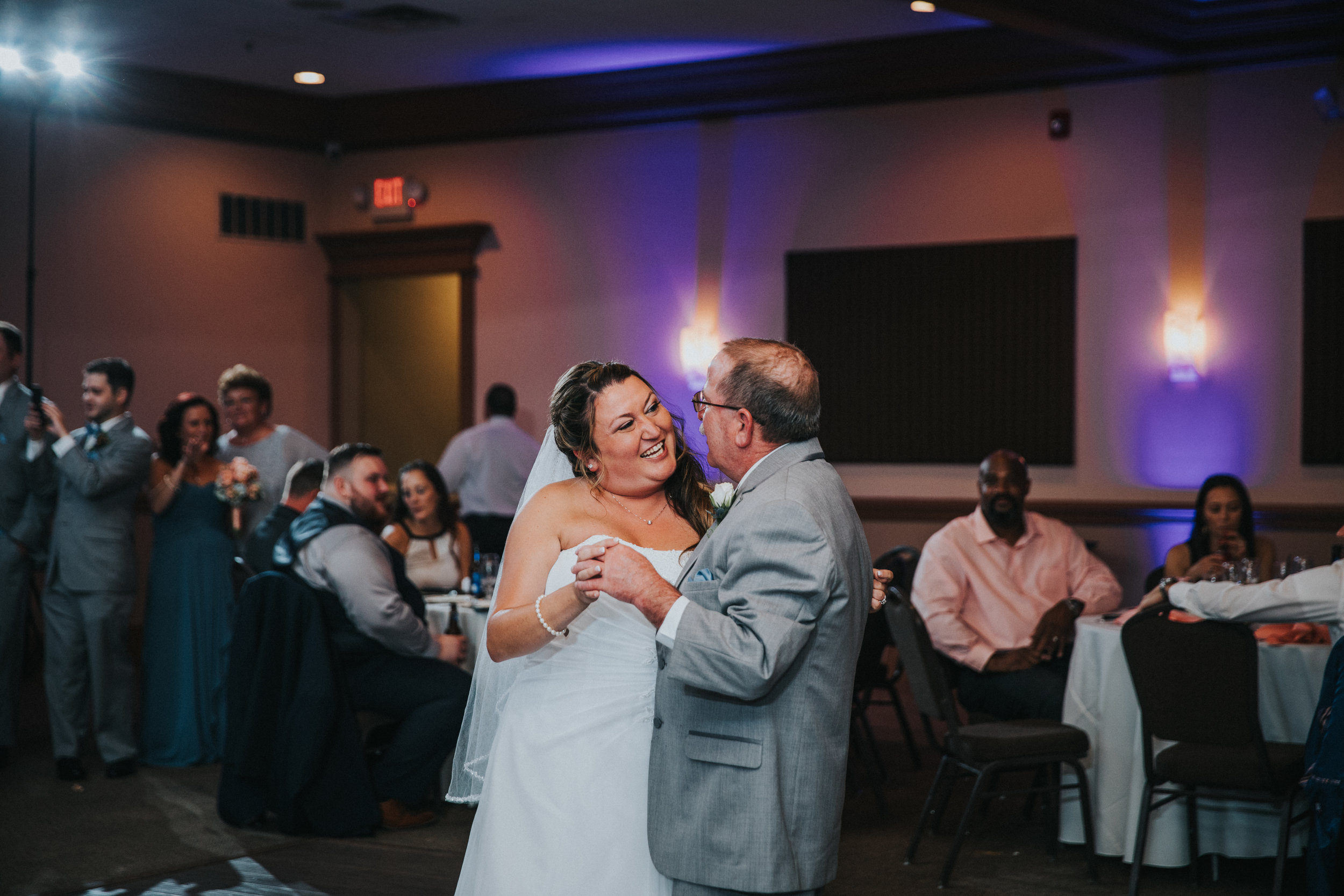 New-Jersey-Wedding-Photographer-JennaLynnPhotography-ValenzanoWinery-Reception-61.jpg