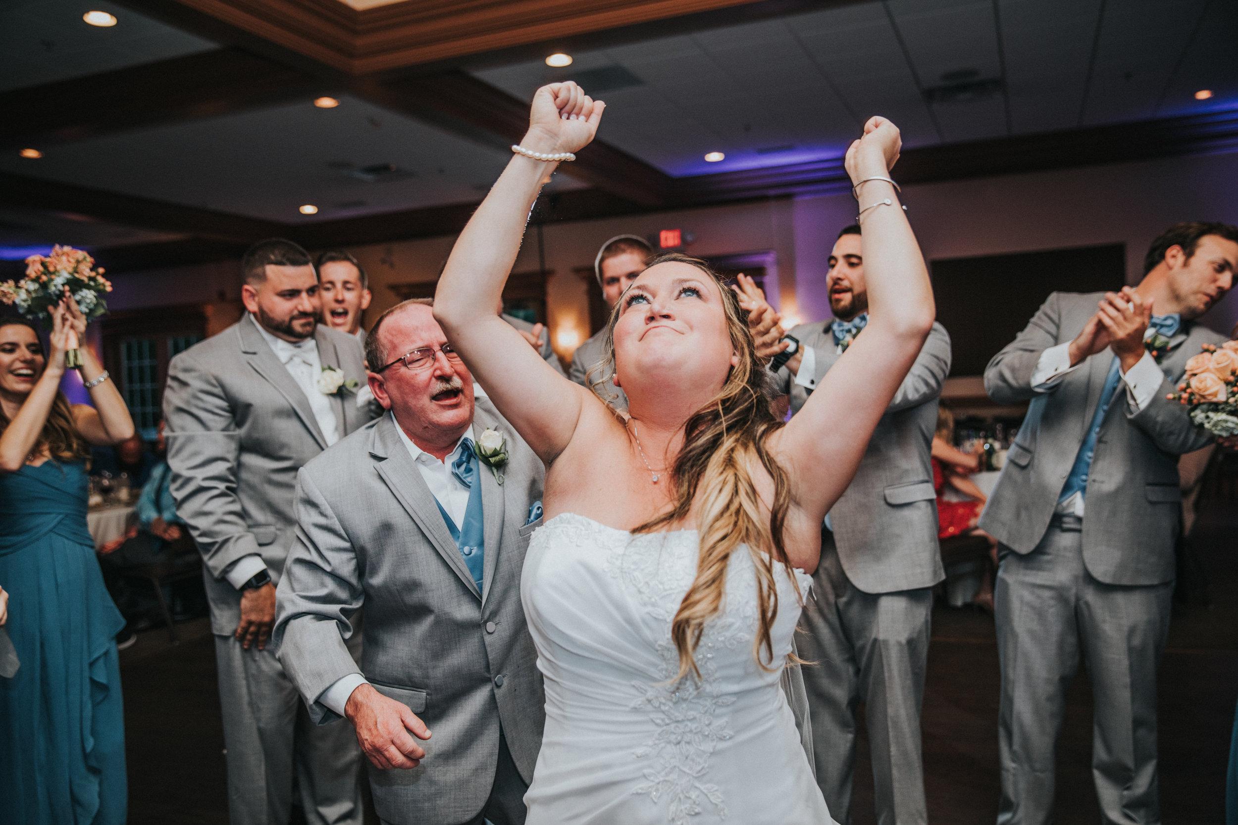 New-Jersey-Wedding-Photographer-JennaLynnPhotography-ValenzanoWinery-Reception-79.jpg