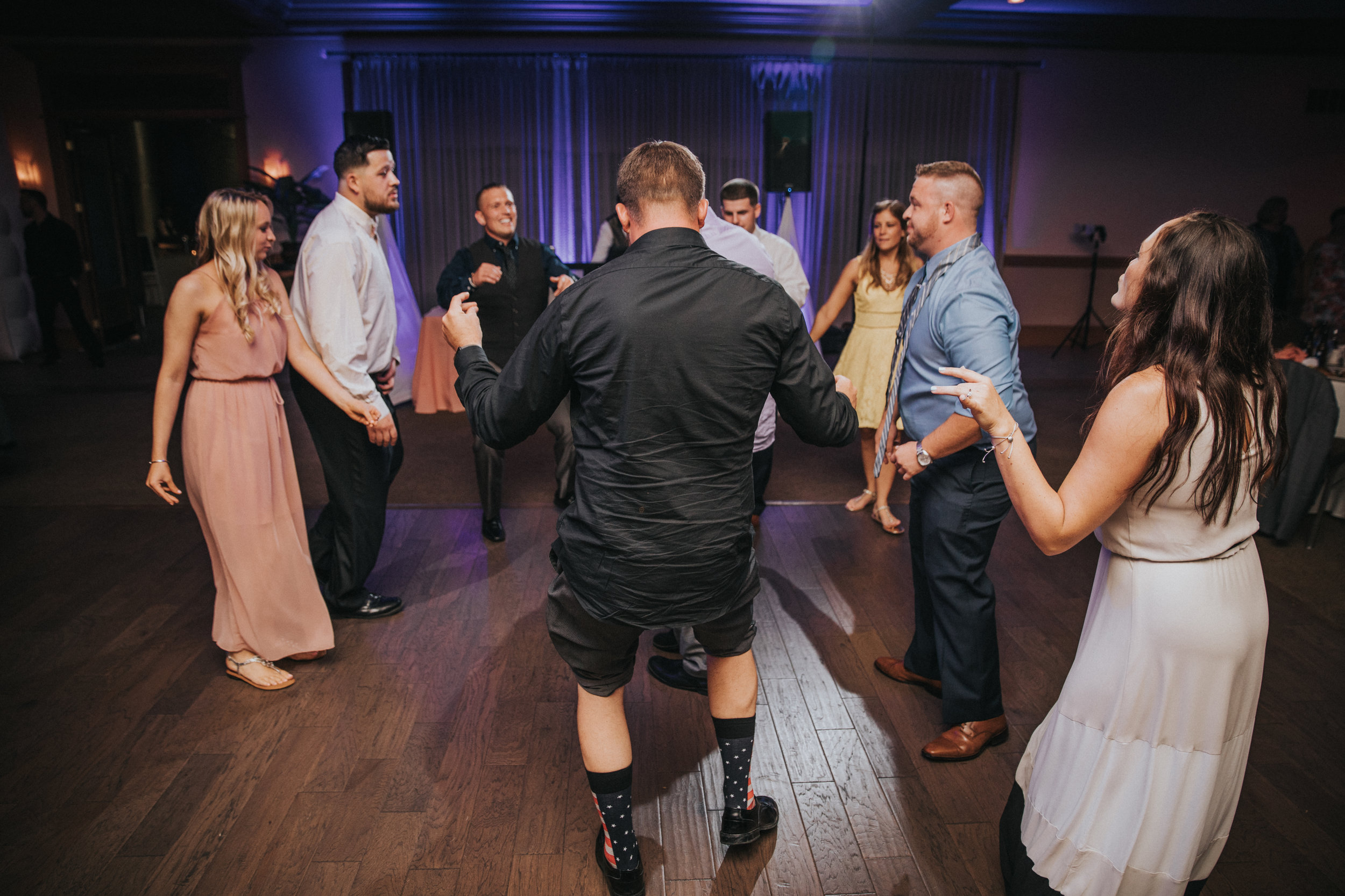 New-Jersey-Wedding-Photographer-JennaLynnPhotography-ValenzanoWinery-Reception-177.jpg