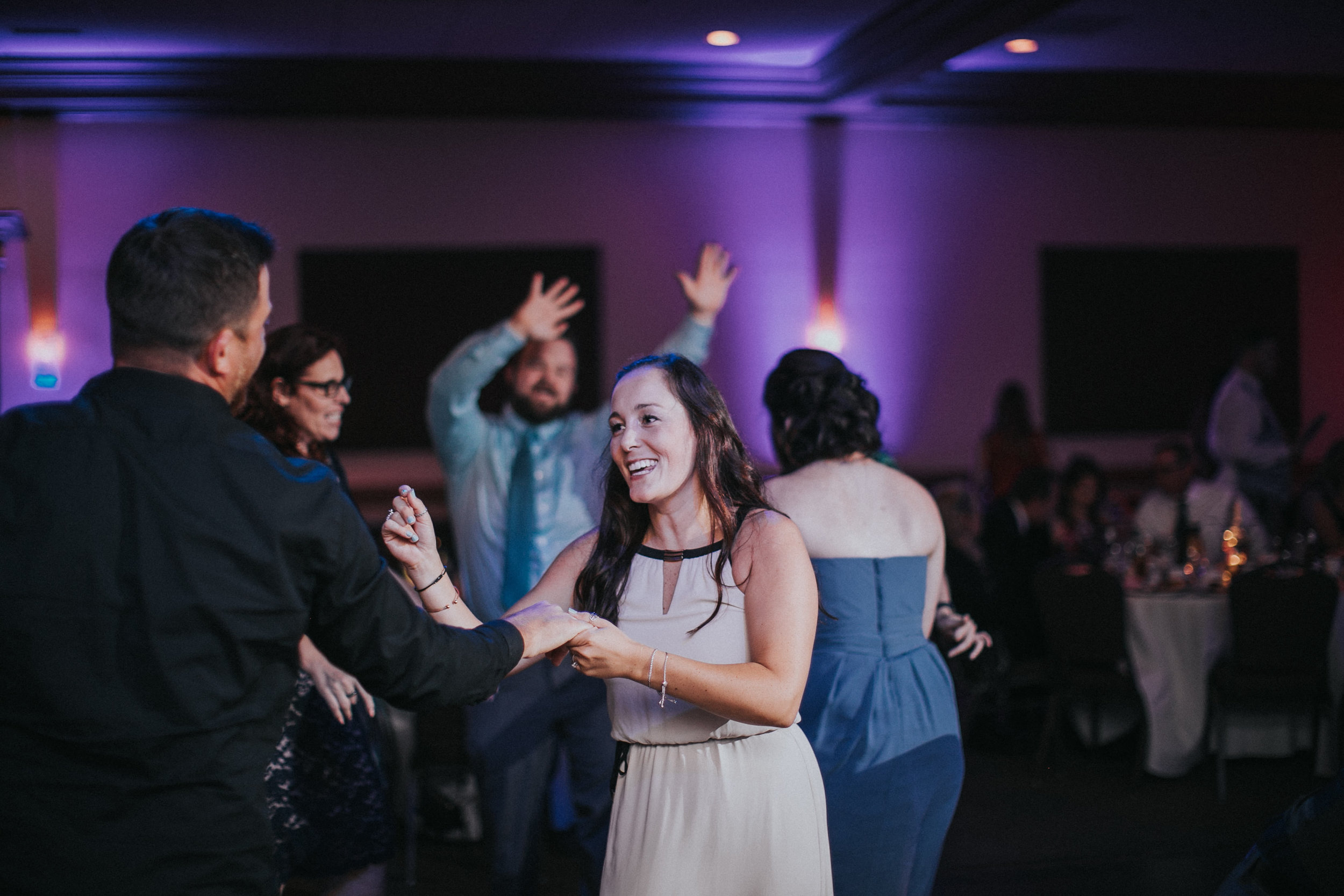 New-Jersey-Wedding-Photographer-JennaLynnPhotography-ValenzanoWinery-Reception-198.jpg