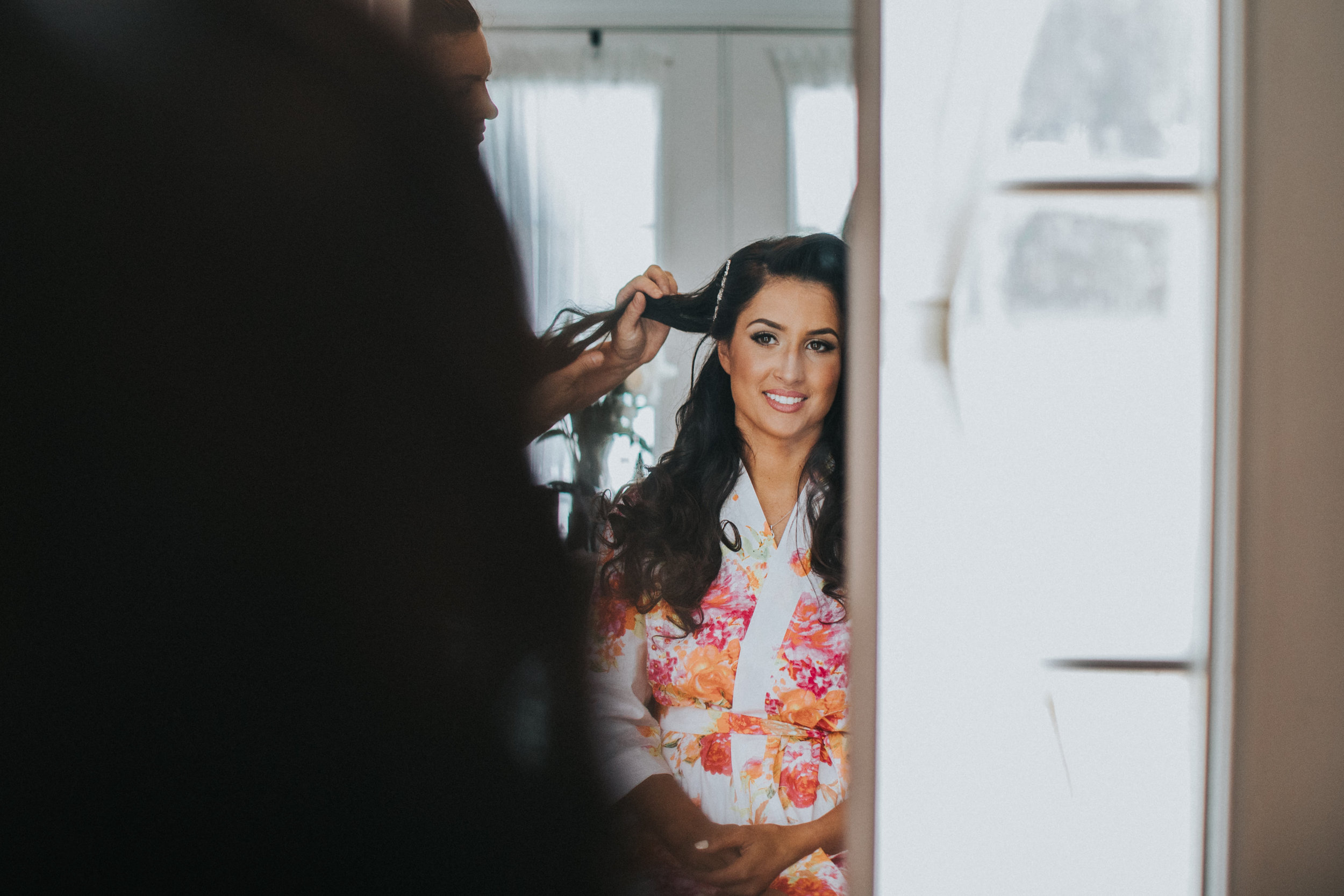 New-Jersey-Wedding-Photographer-JennaLynnPhotography-Trump-National-Golf-Club-Philadelphia-ErikaChris-Getting-Ready-1.jpg