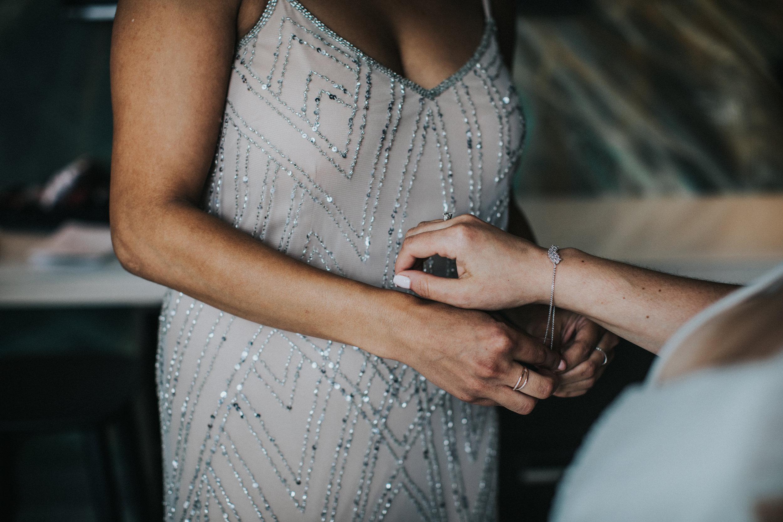 JennaLynnPhotography-NJWeddingPhotographer-Philadelphia-Wedding-ArtsBallroom-GettingReady-45.jpg