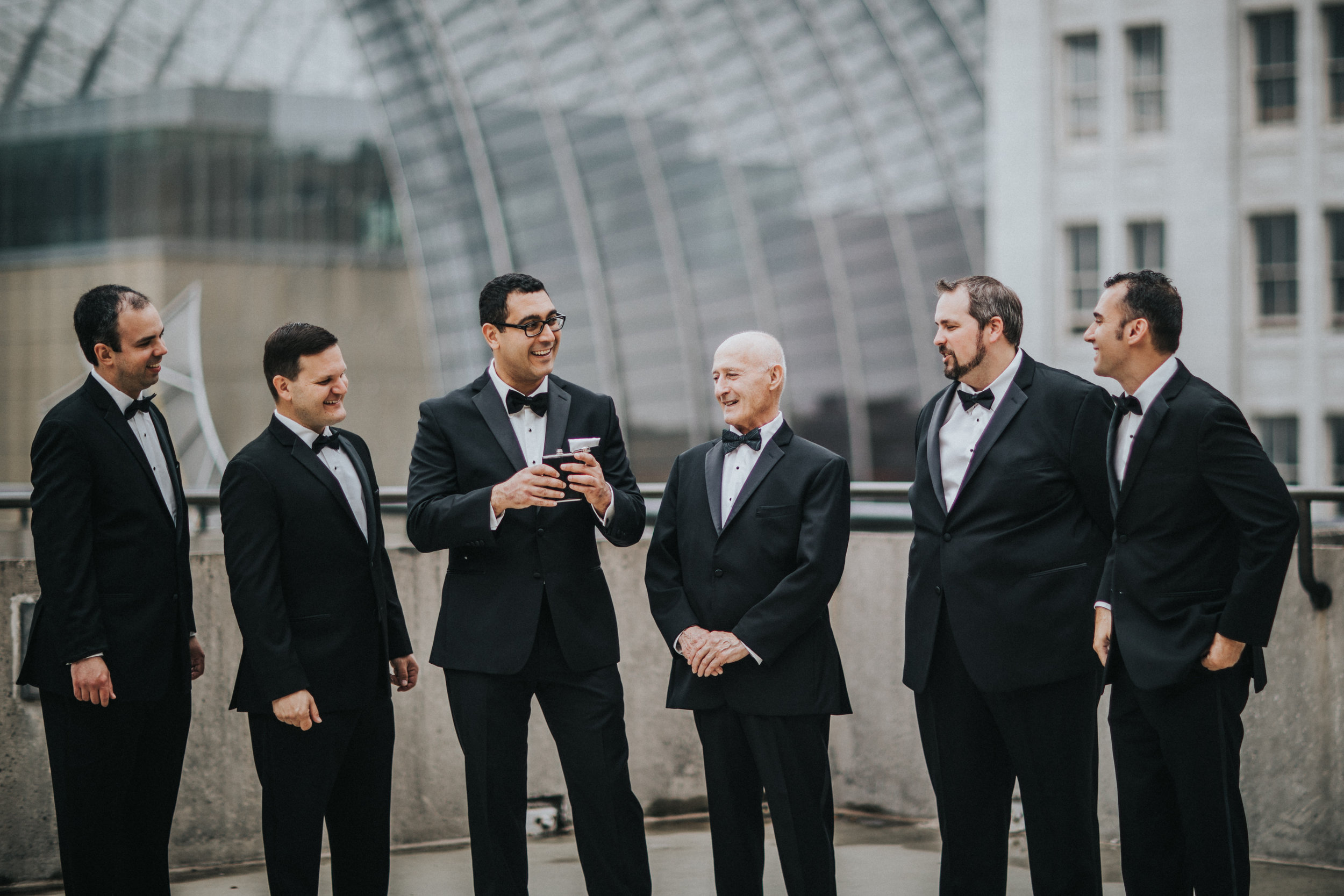 JennaLynnPhotography-NJWeddingPhotographer-Philadelphia-Wedding-ArtsBallroom-GettingReady-55.jpg