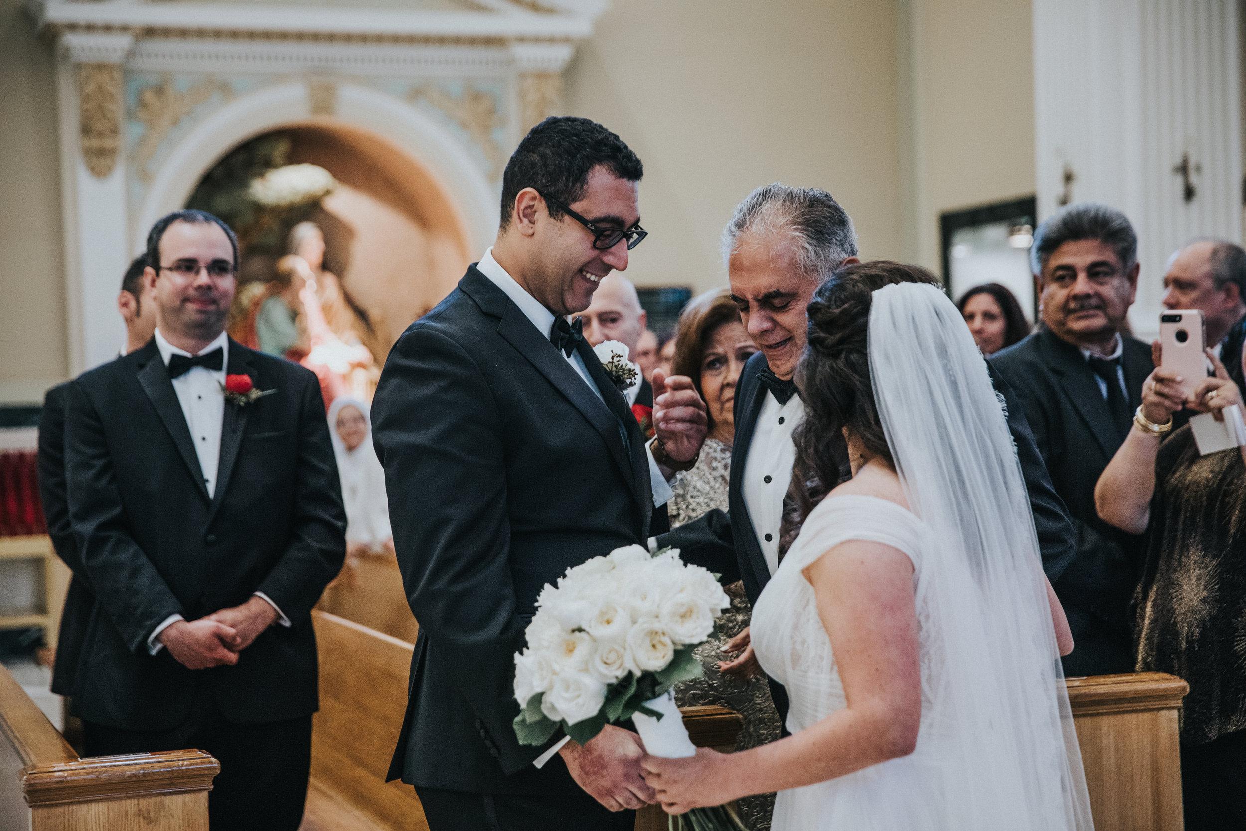 JennaLynnPhotography-NJWeddingPhotographer-Philadelphia-Wedding-ArtsBallroom-Ceremony-29.jpg