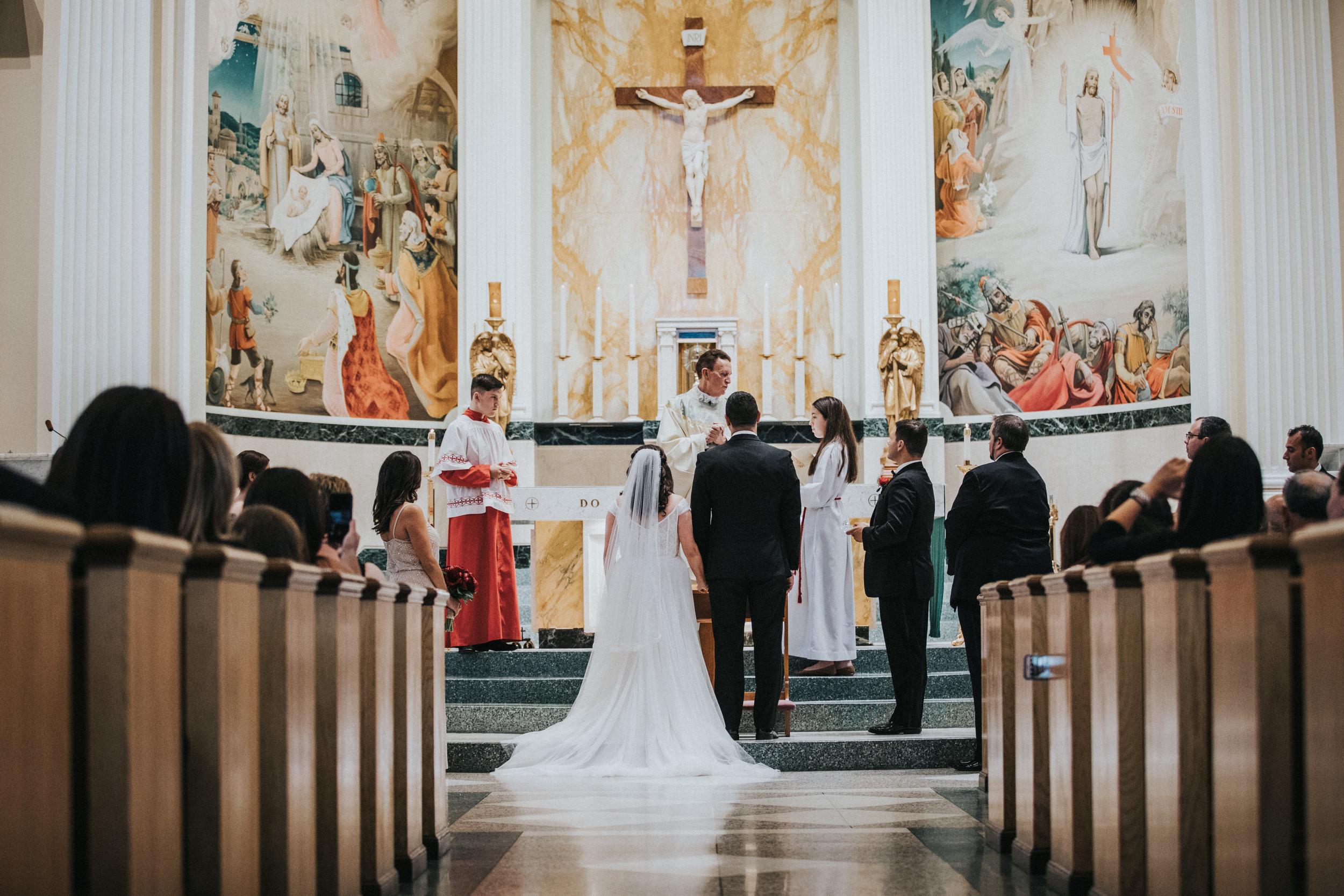JennaLynnPhotography-NJWeddingPhotographer-Philadelphia-Wedding-ArtsBallroom-Ceremony-50.jpg