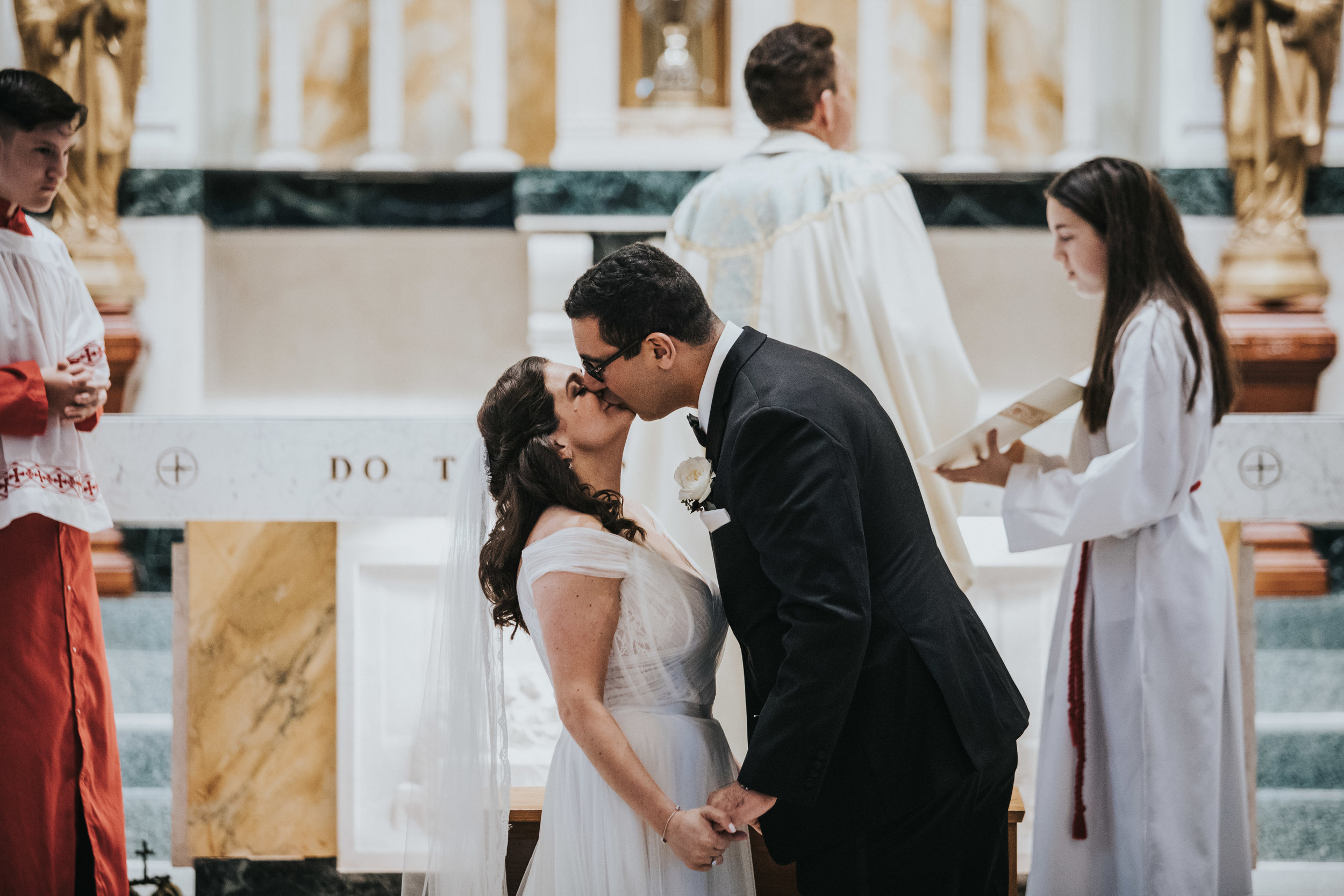 JennaLynnPhotography-NJWeddingPhotographer-Philadelphia-Wedding-ArtsBallroom-Ceremony-58.jpg