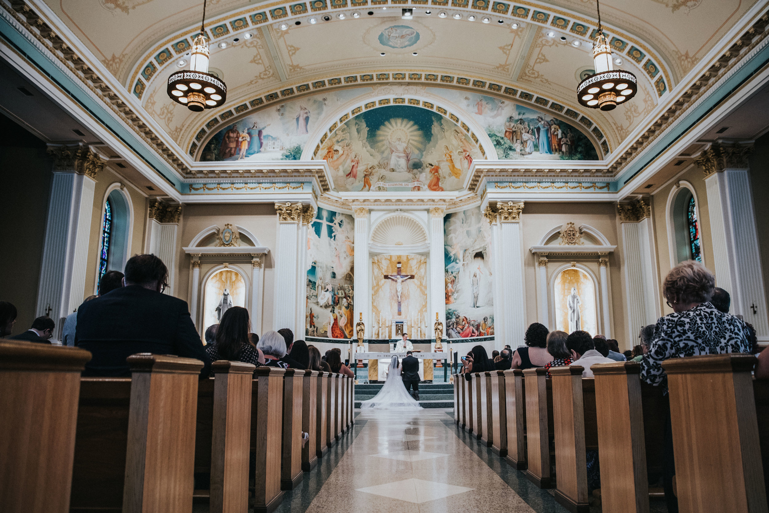JennaLynnPhotography-NJWeddingPhotographer-Philadelphia-Wedding-ArtsBallroom-Ceremony-69.jpg